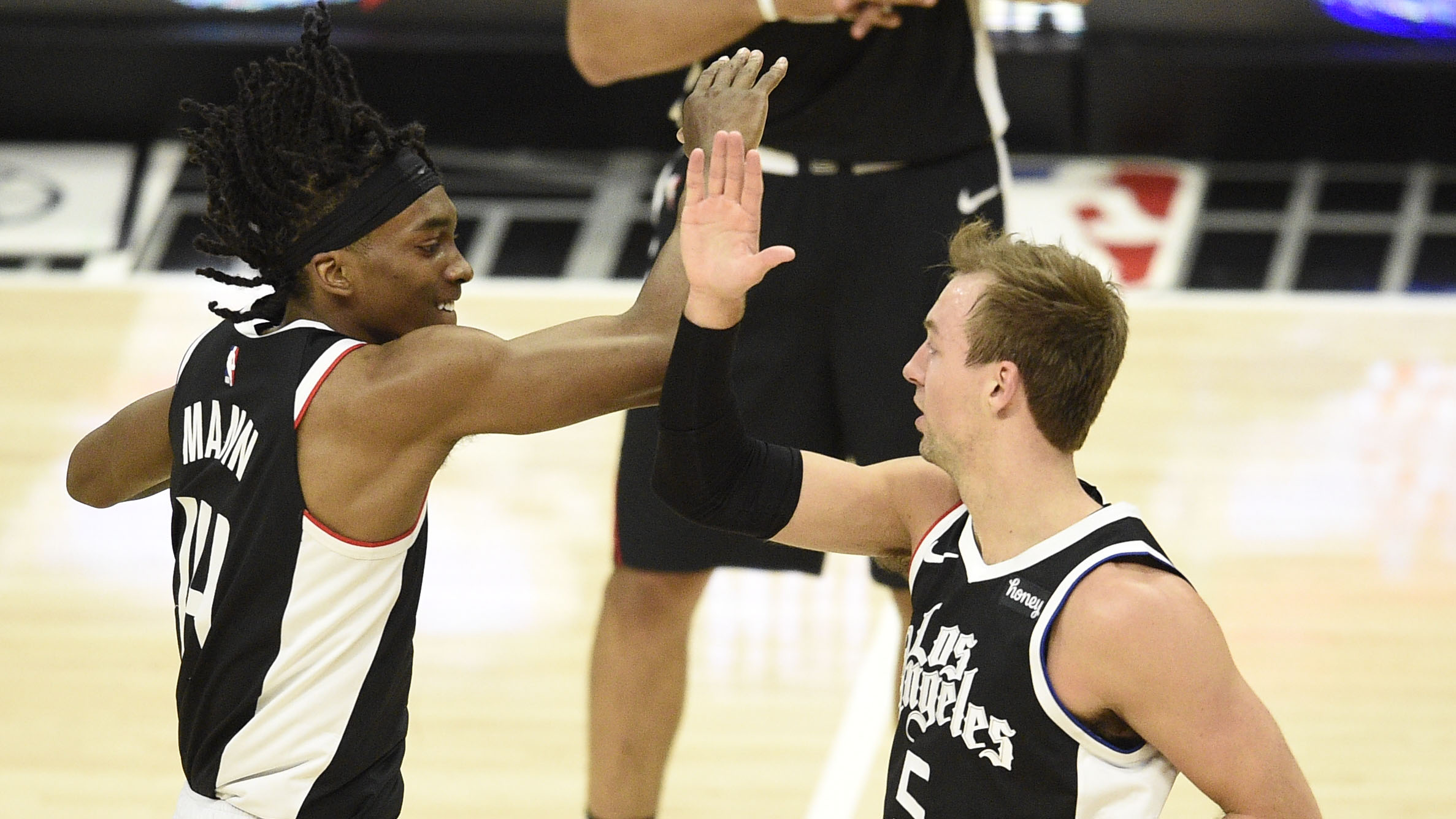 Clippers' defense the difference-maker in Game 3