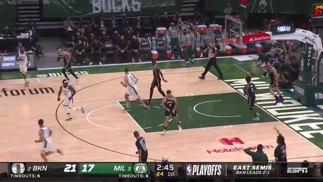Lopez buries deep 3 off the Middleton steal