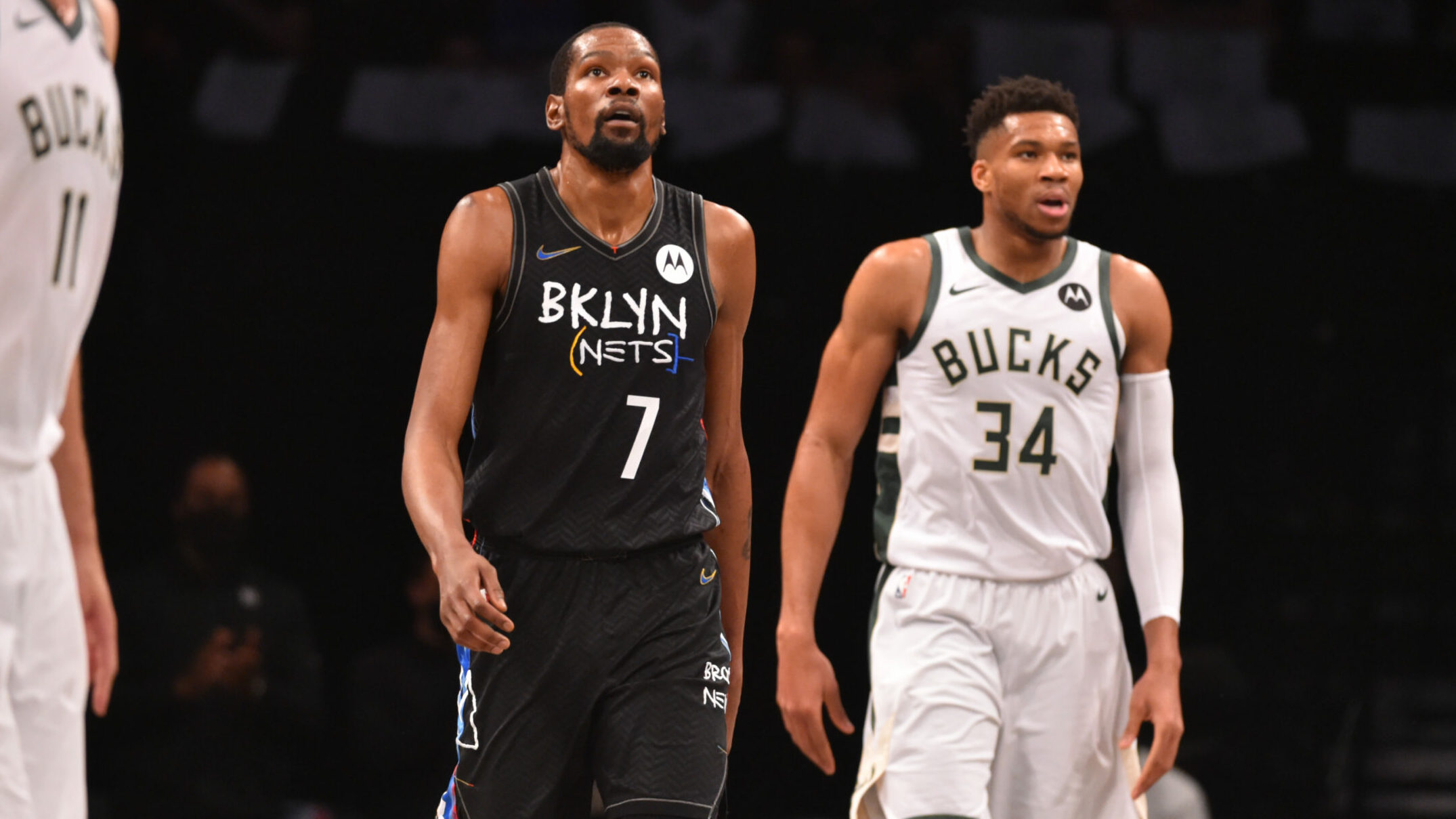 Bucks look to even up series in crucial Game 4