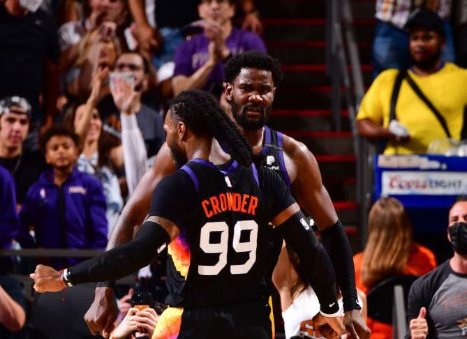 Suns wear down Nuggets, take Game 1