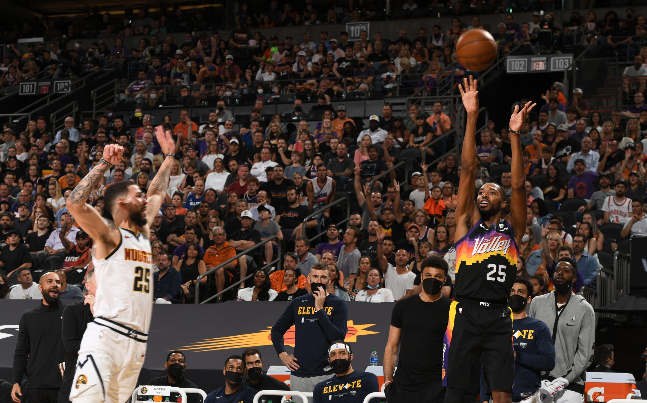 Suns stretch Nuggets' defense to the limit in Game 1