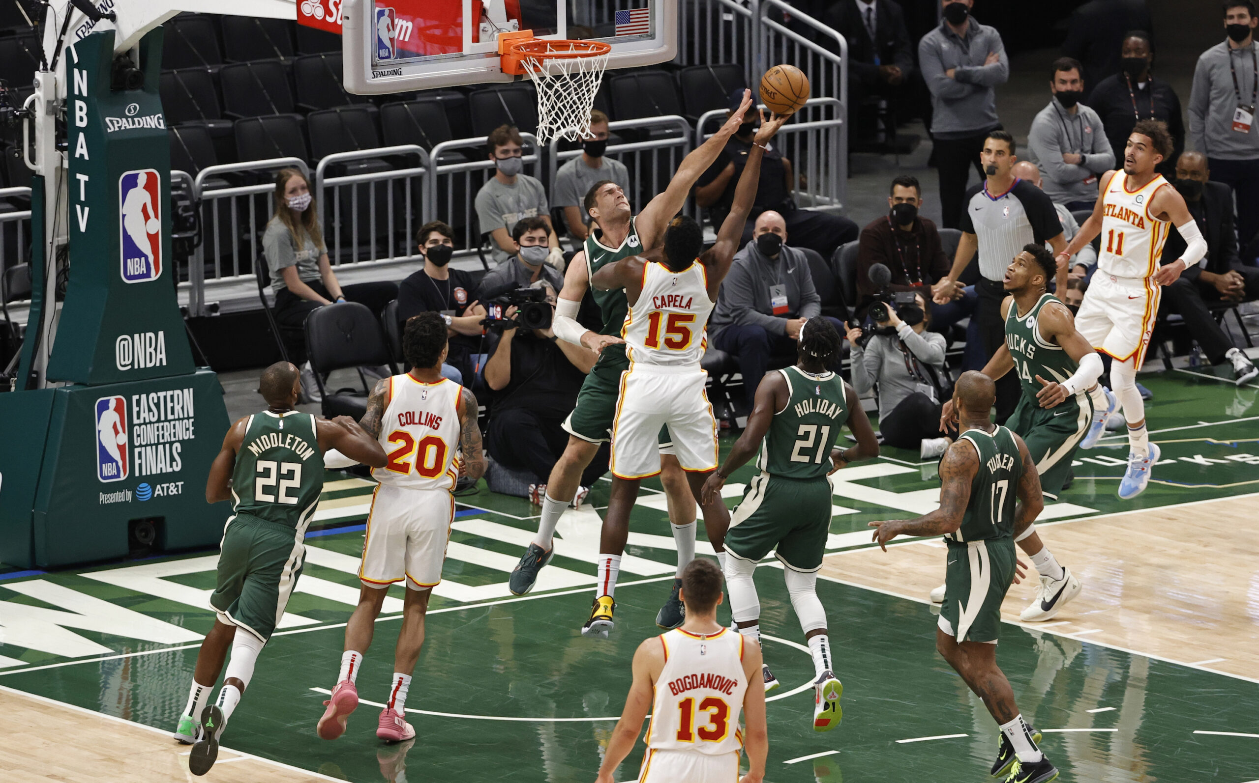 Film Study: Bucks dominate the restricted area