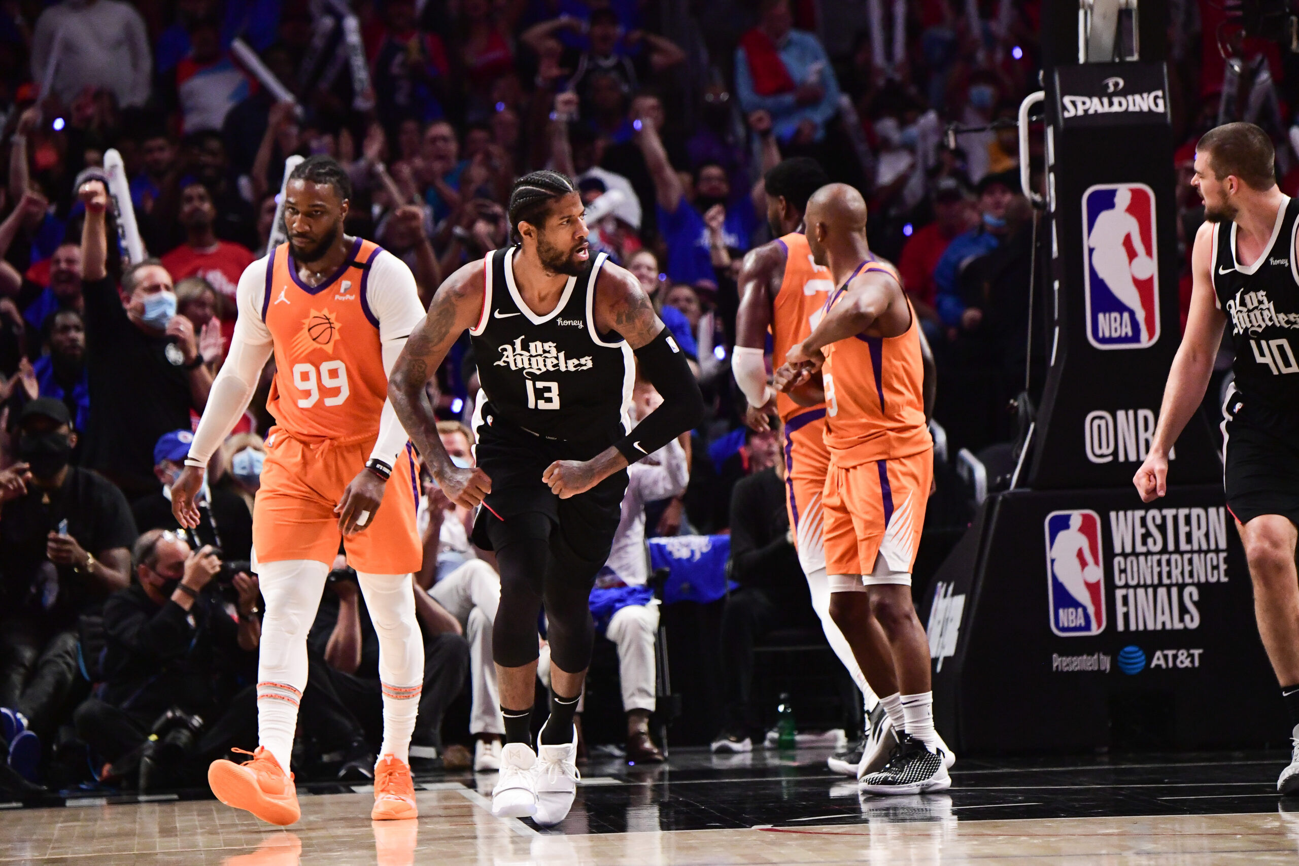 Clippers lock down Suns, George paces LA in Game 3 victory