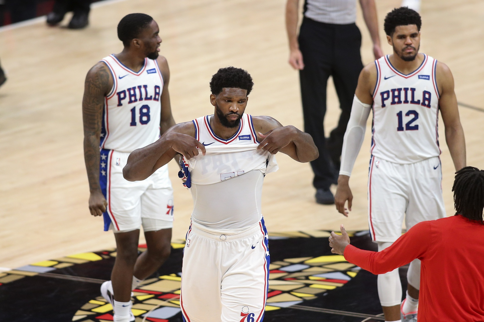 76ers lose leverage to Hawks with Embiid's rough 2nd half