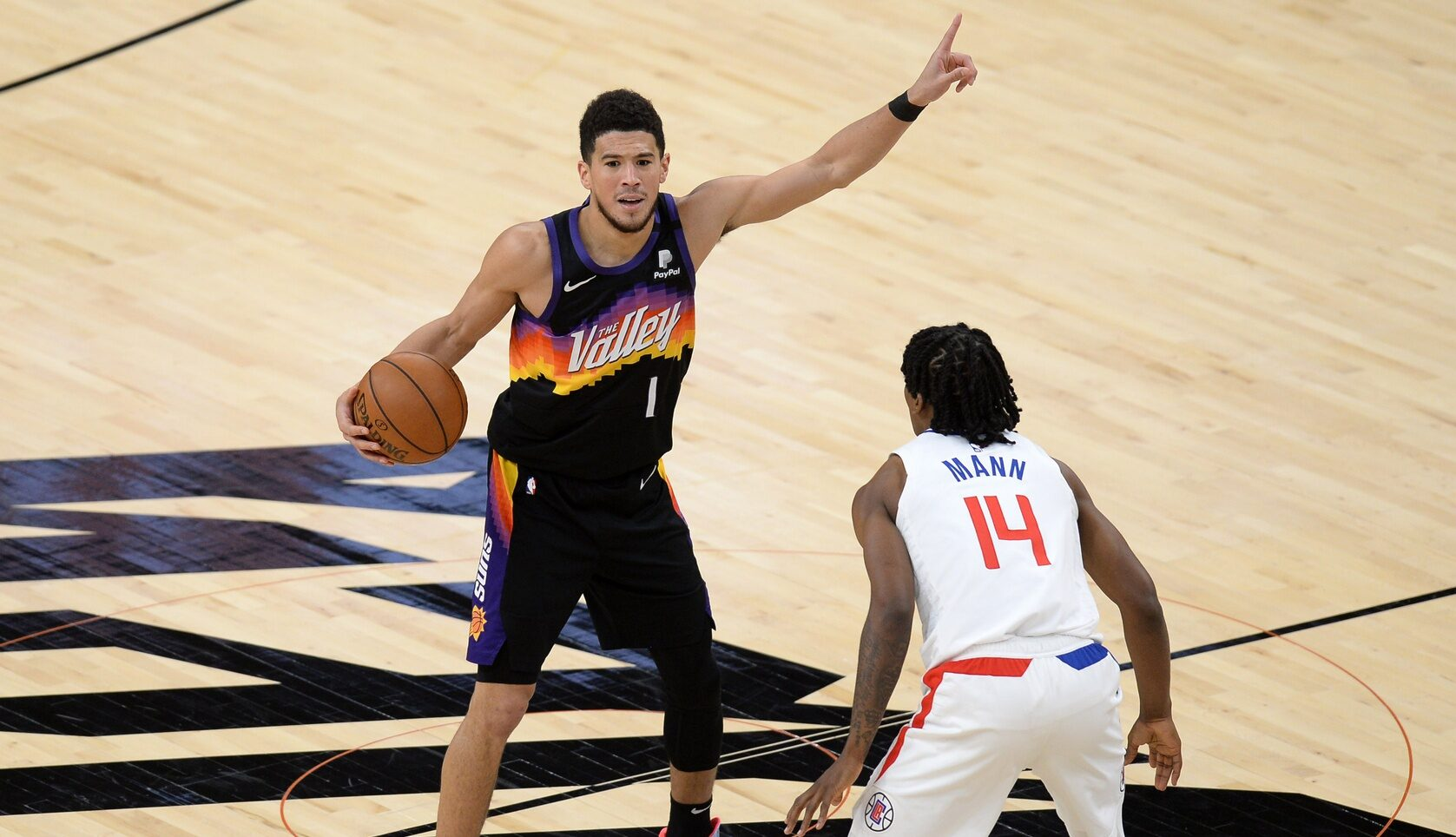 Inside the NBA: Booker shows superstar stuff in Game 1 win