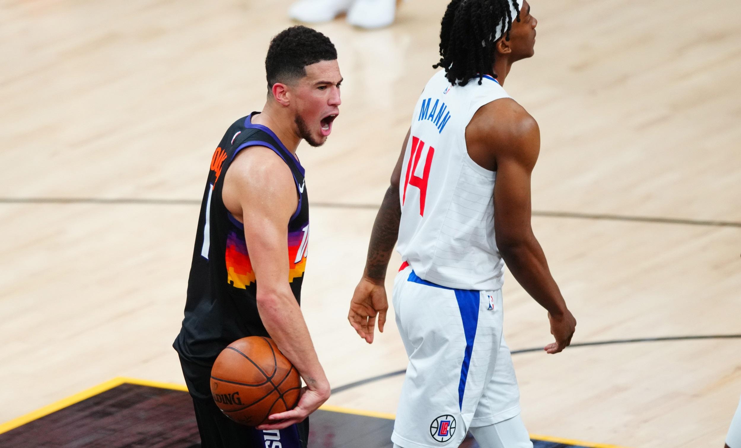 Suns star Devin Booker picks perfect time for statement game