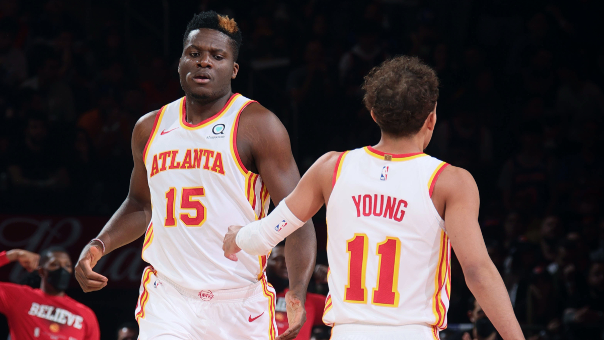 Anchored by Clint Capela, Hawks' defense suffocates Knicks