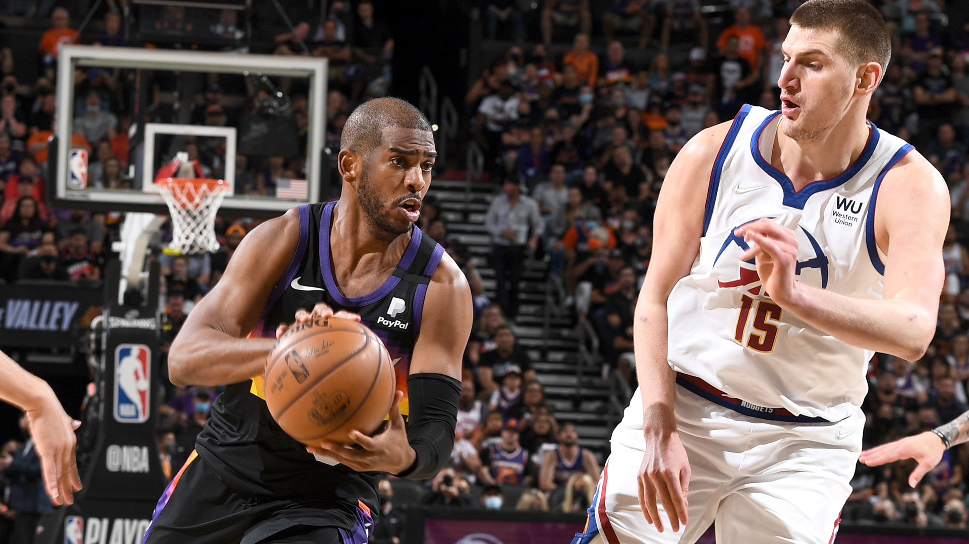 Suns ignite behind Paul's steady hand, easily win Game 2