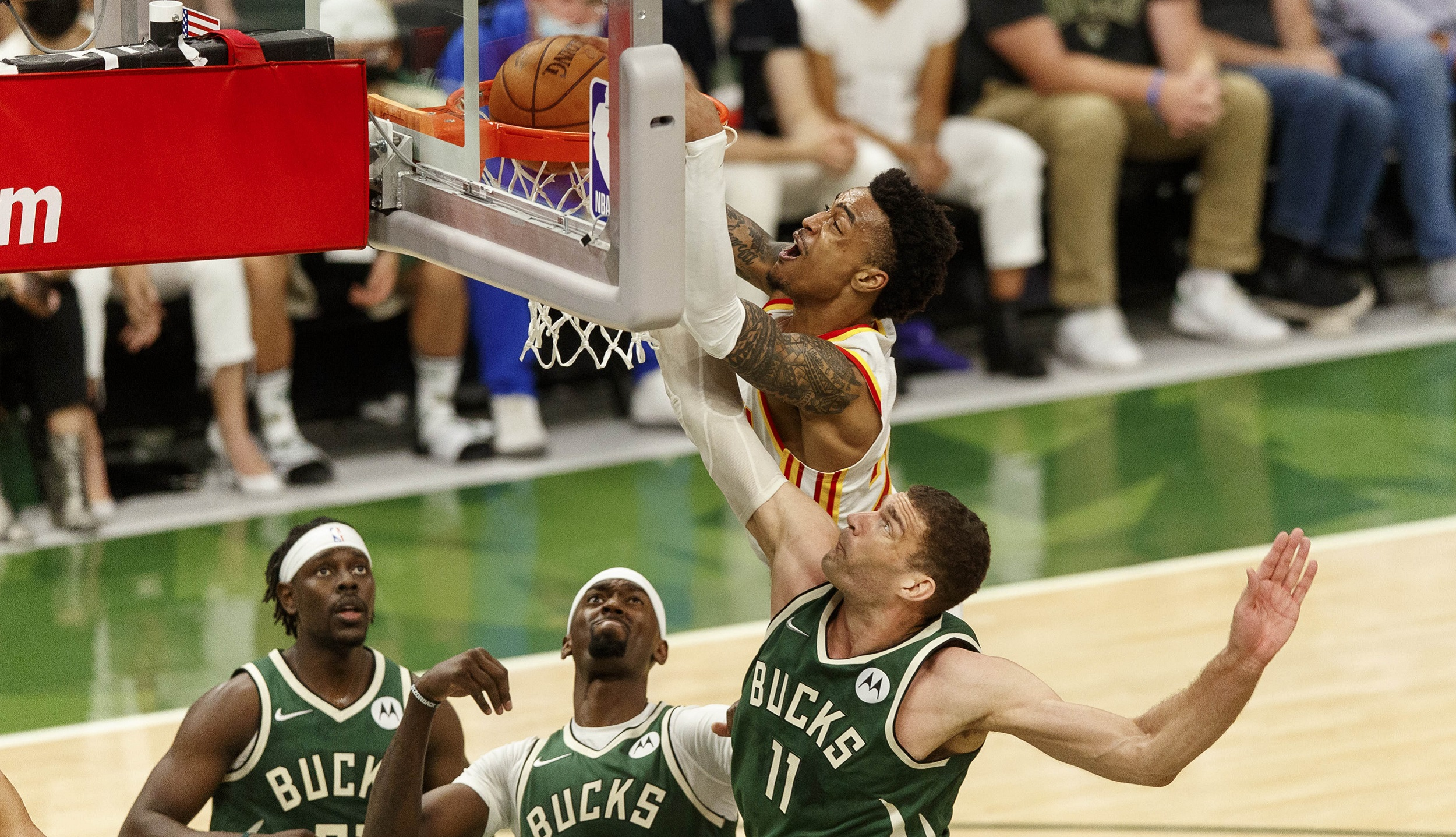 Top Dunks of the Conference Finals