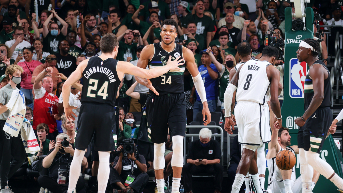 Giannis, Bucks force Game 7 with wire-to-wire victory