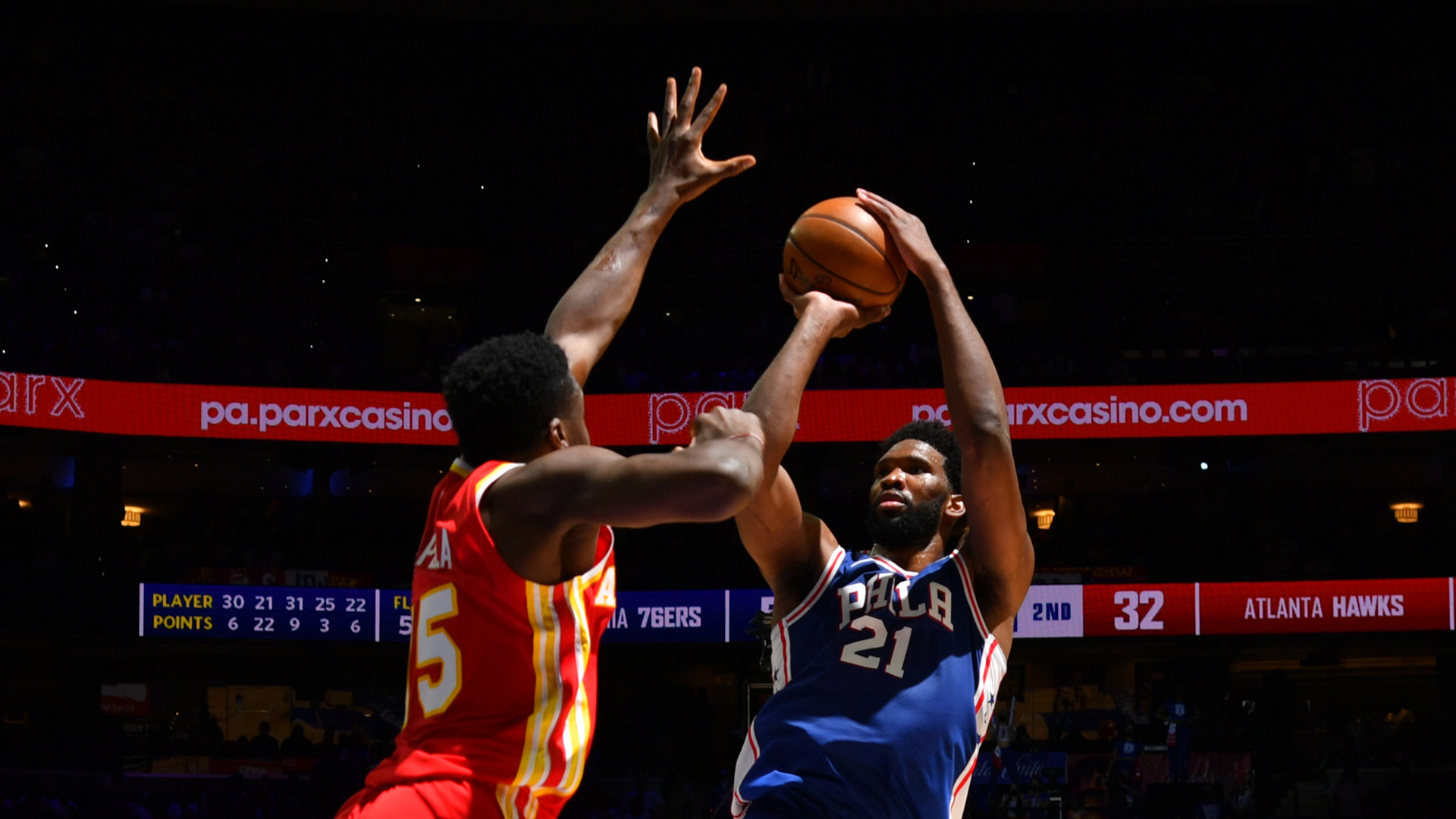 76ers slow Hawks' late push to take control in Game 5