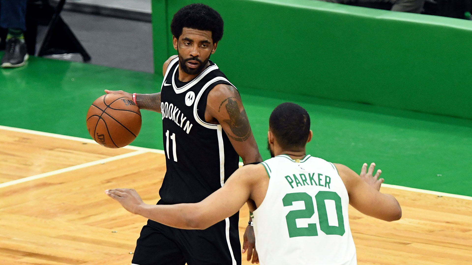 Fan who threw bottle at Kyrie Irving released on $500 bail
