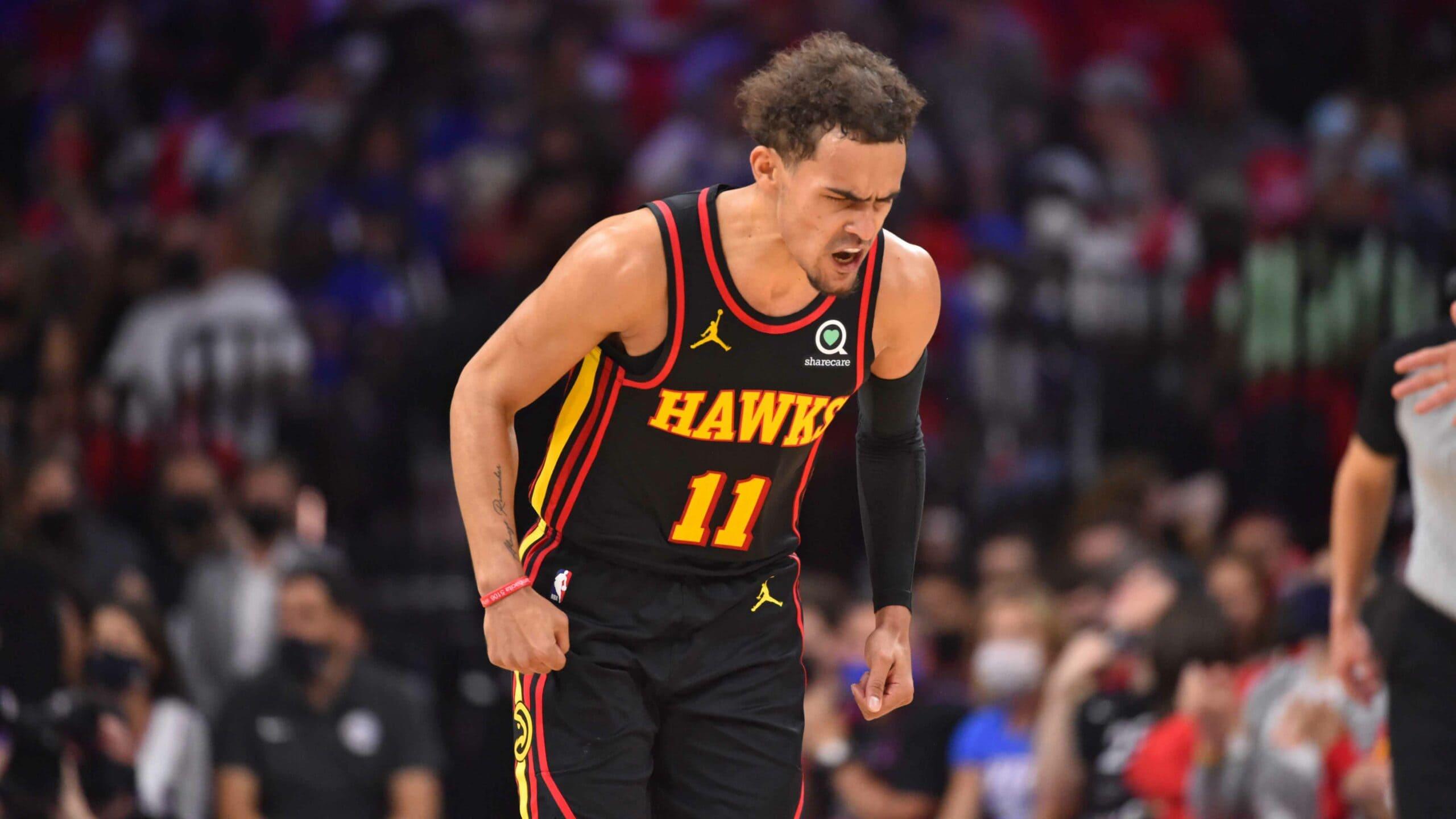 Hawks hang on to take Game 1