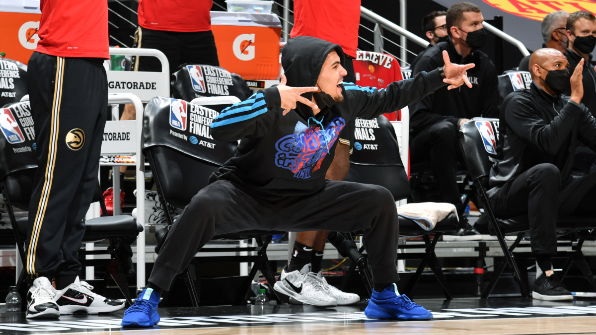 Hawks hold out Trae Young in Game 4 vs. Bucks due to bone bruise in right foot