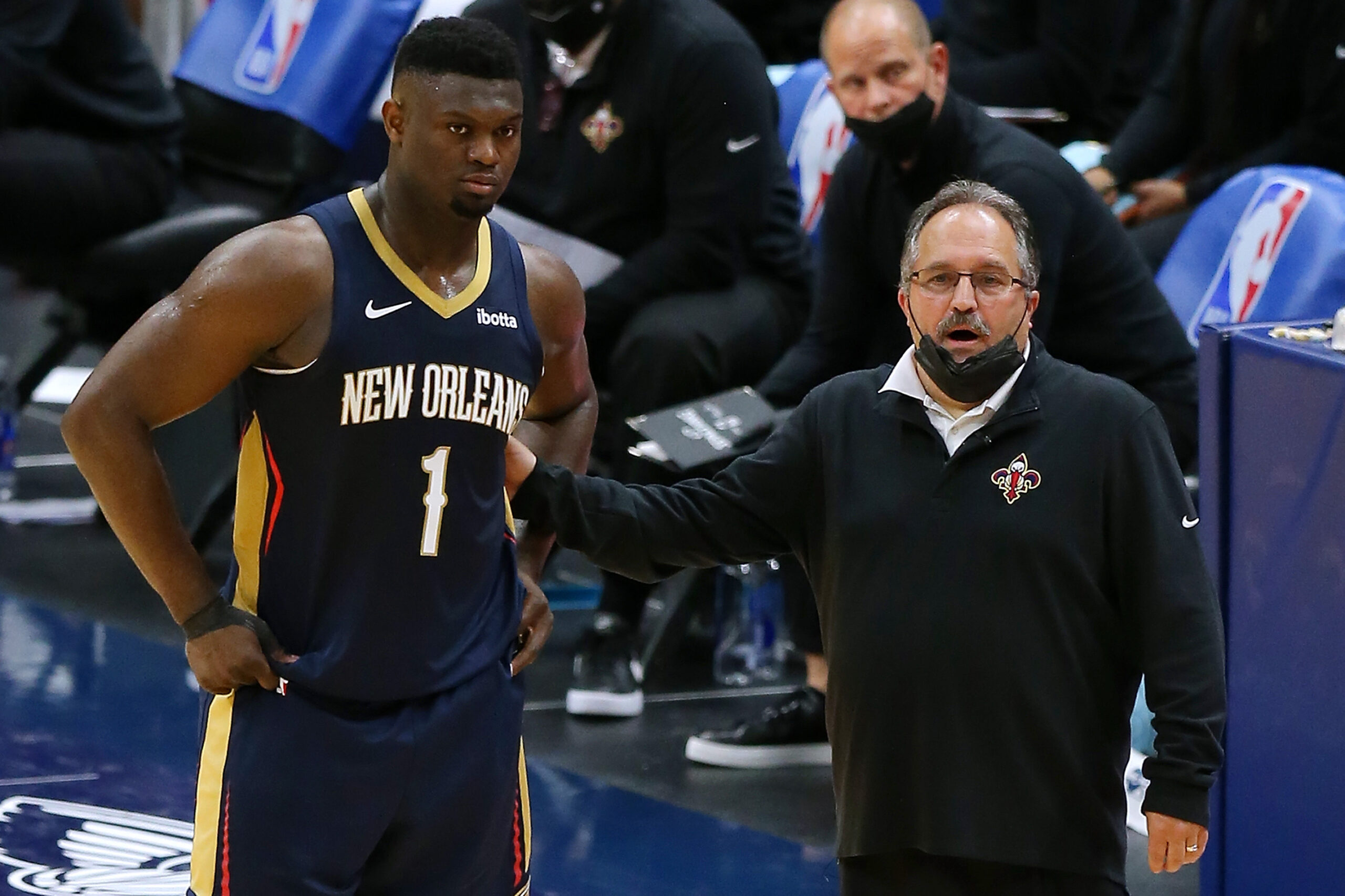 Pelicans part ways with coach Stan Van Gundy