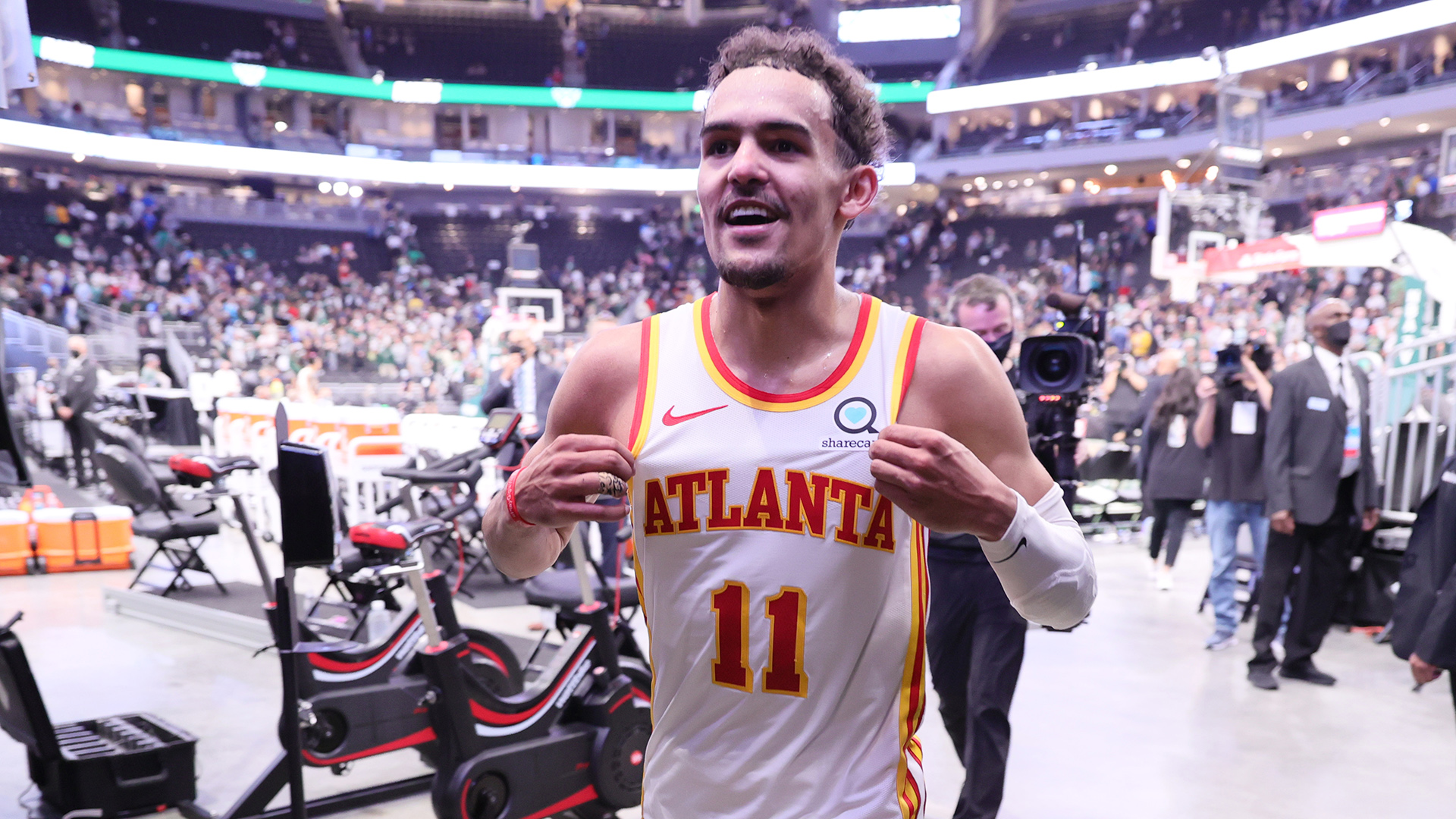 Surprising Hawks, Young playing like championship contenders