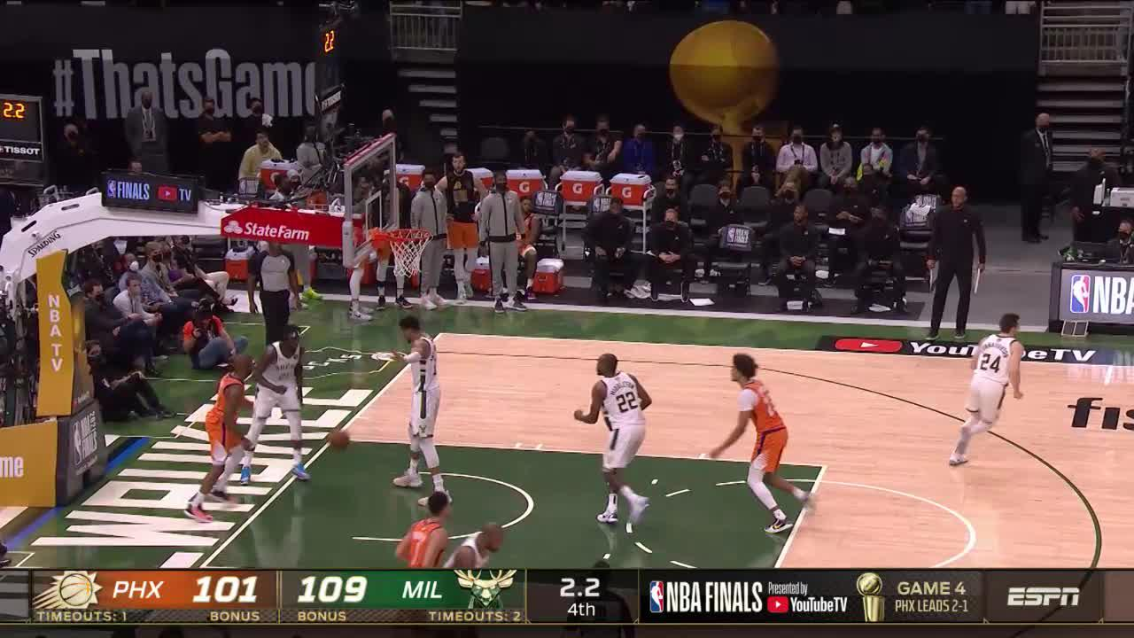 Chris Paul hits the shot with time ticking down