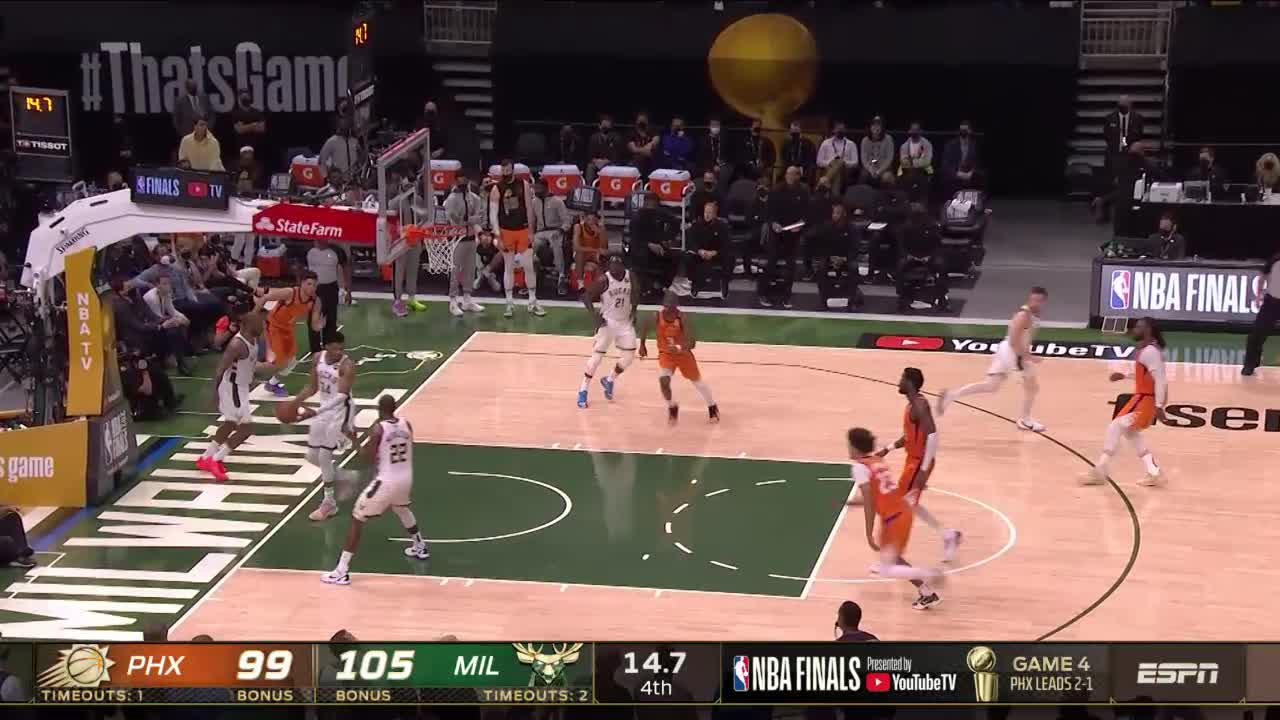 Devin Booker with a 2-pointer vs. Milwaukee Bucks