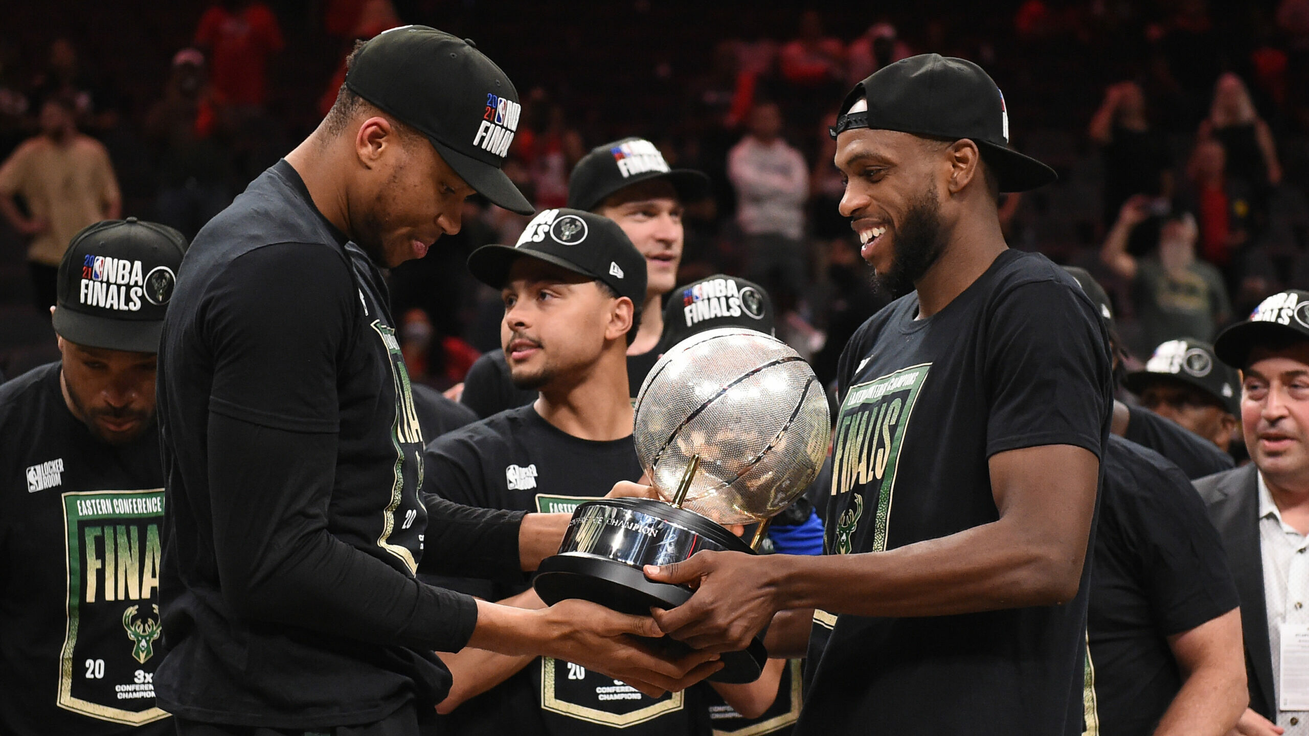 At Milwaukee's most vulnerable moment, Bucks finally break through
