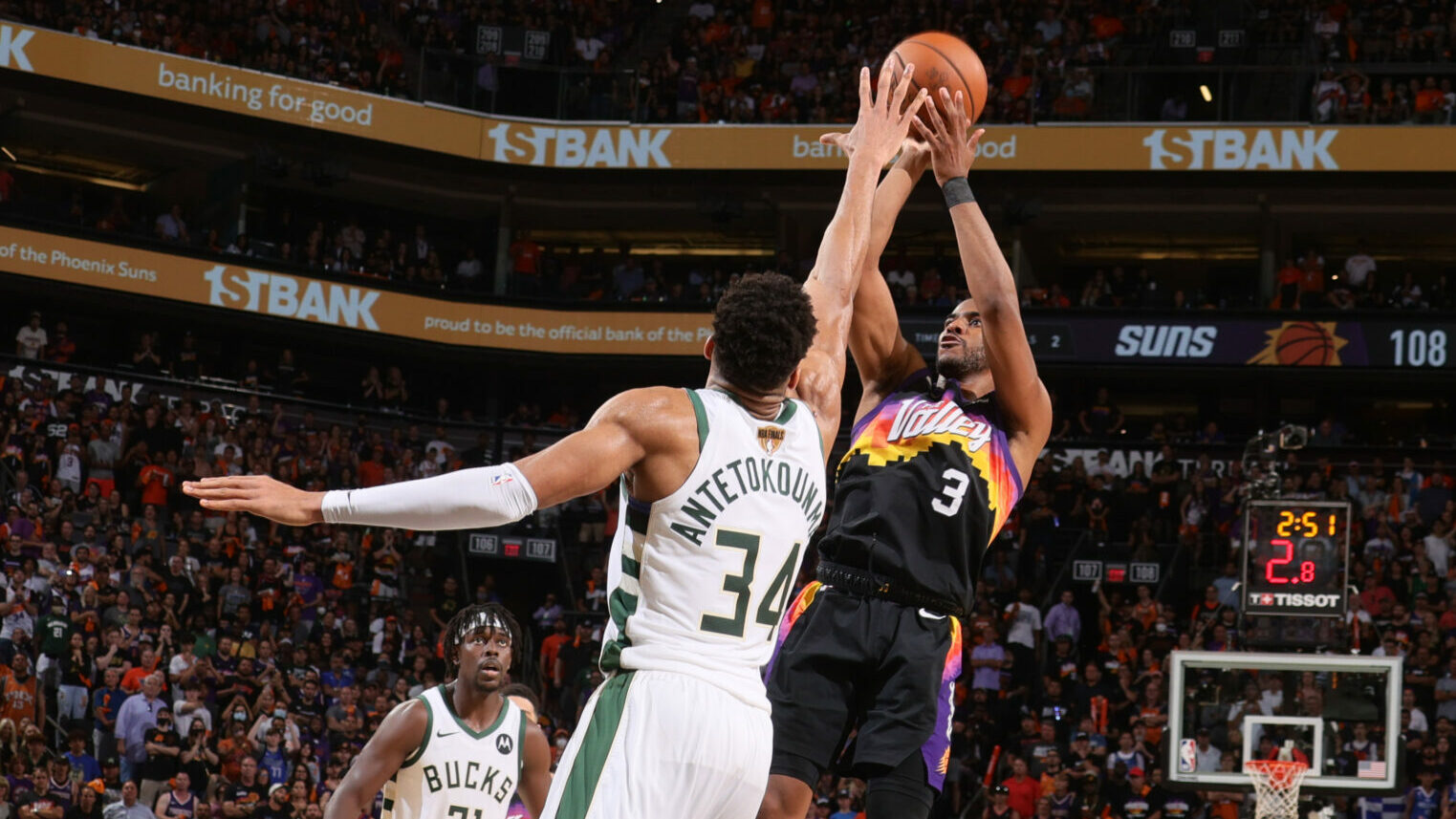 Despite 3-point barrage, Suns maintain respect for mid-range shooting