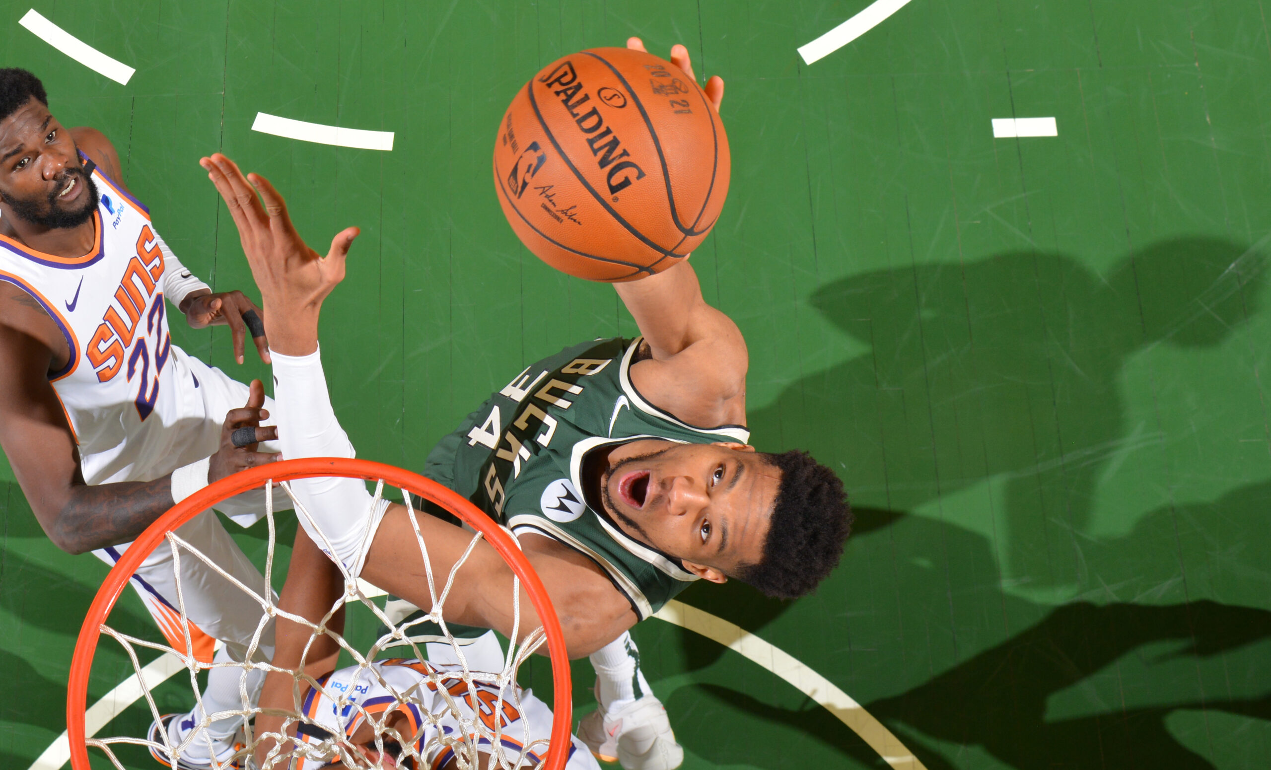 Giannis Antetokounmpo posts back-to-back 40-point, 10-rebound Finals games
