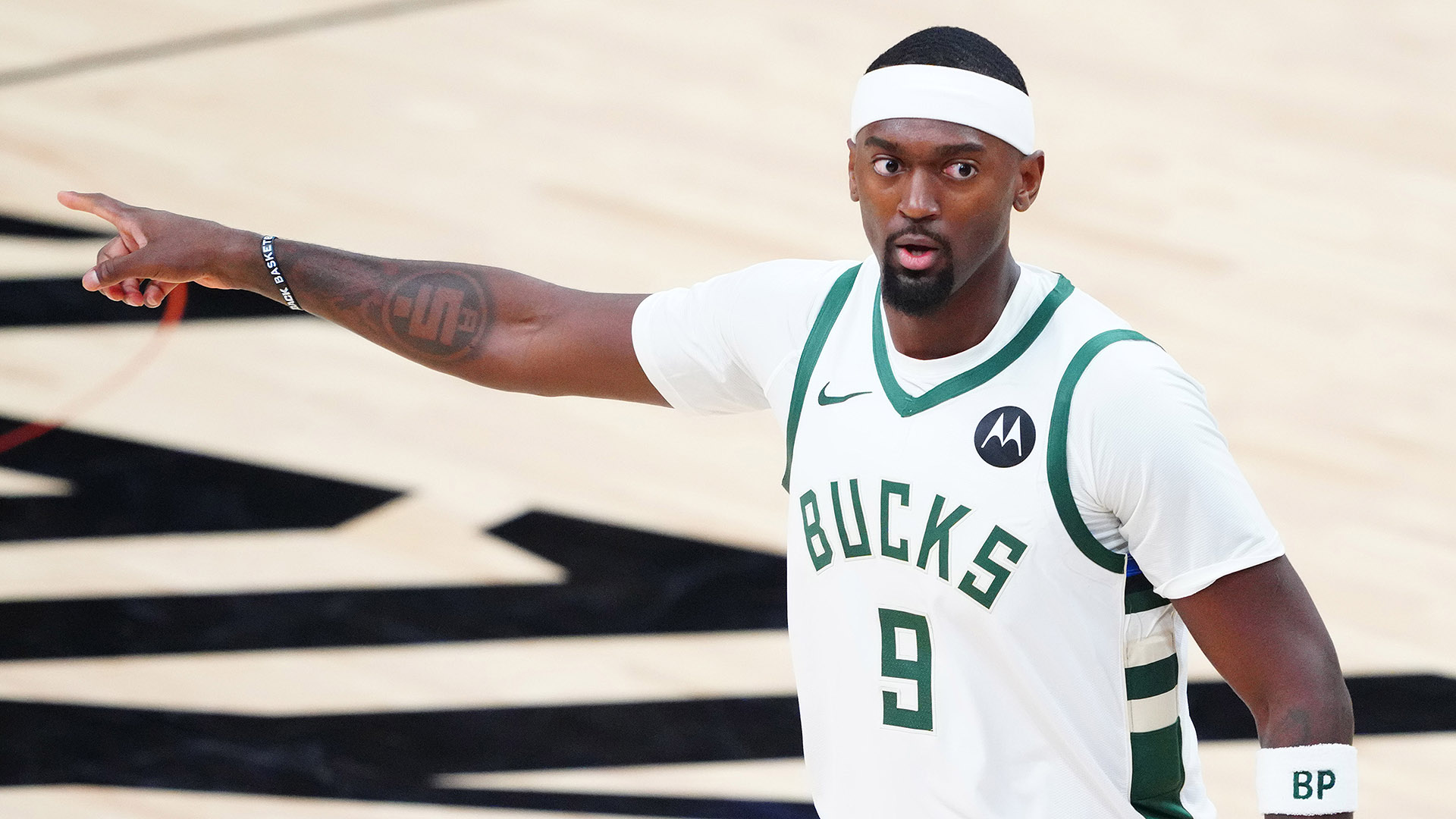 Offseason Roundup: Bucks' Portis reportedly opts out