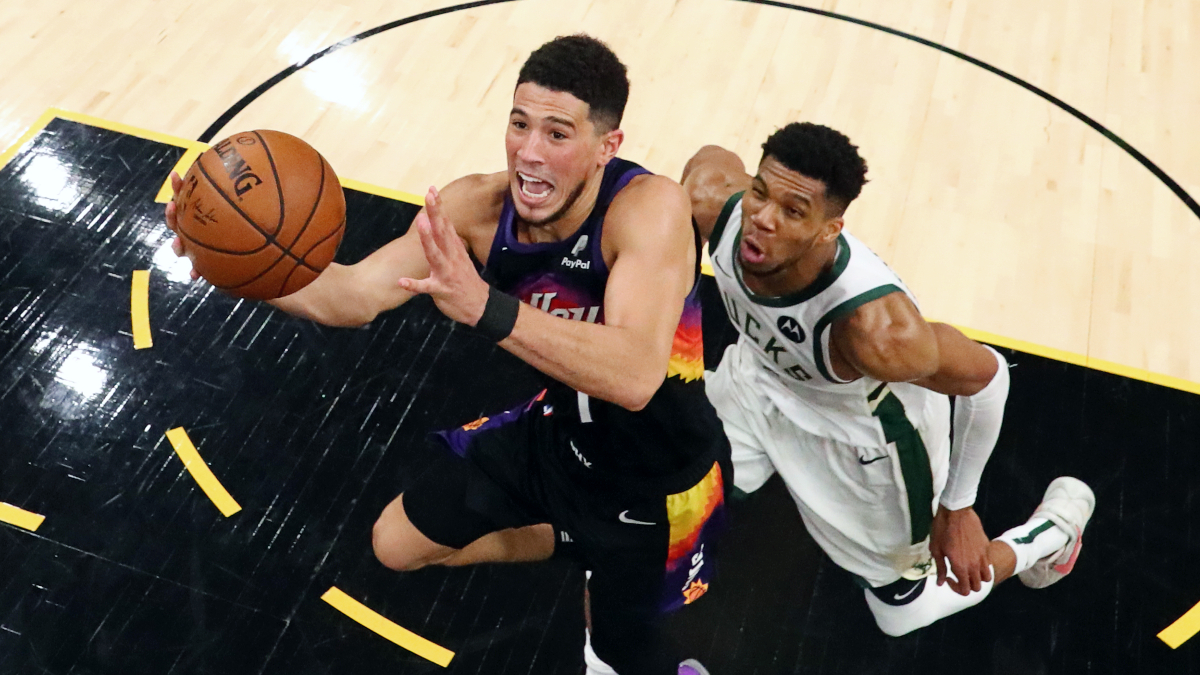 Best buckets from Giannis and Booker in Finals