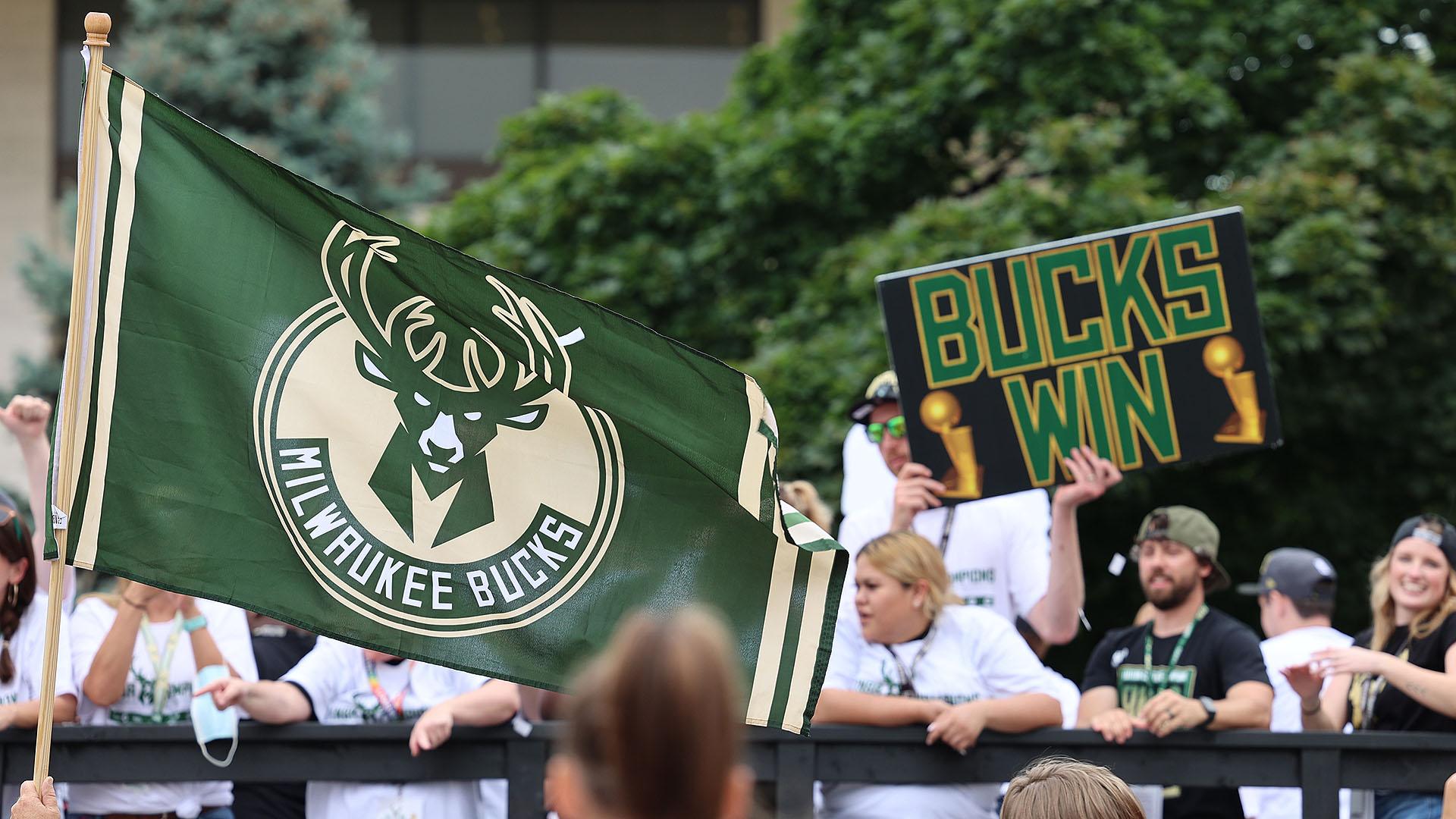 Bucks fans bask in team's first title since 1971