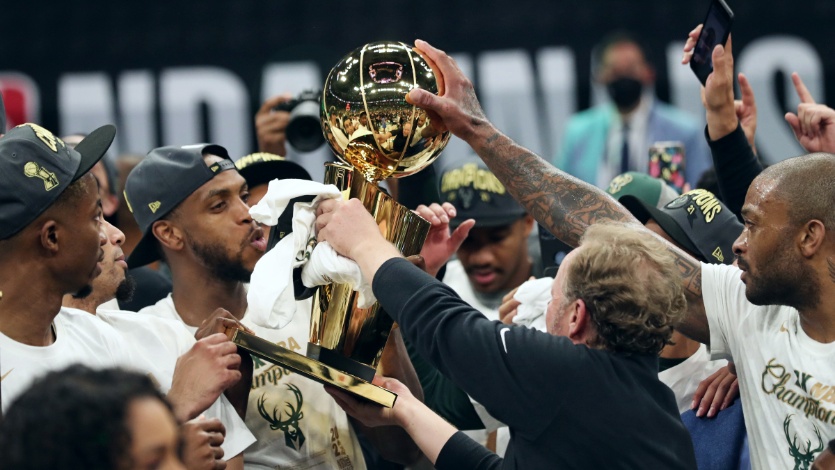 Ultimate Highlight: Bucks win first title in 50 years