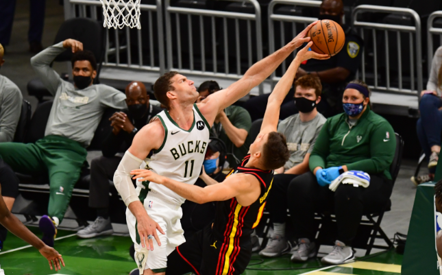 East finals notebook: With Giannis out, Lopez takes it inside to power Bucks
