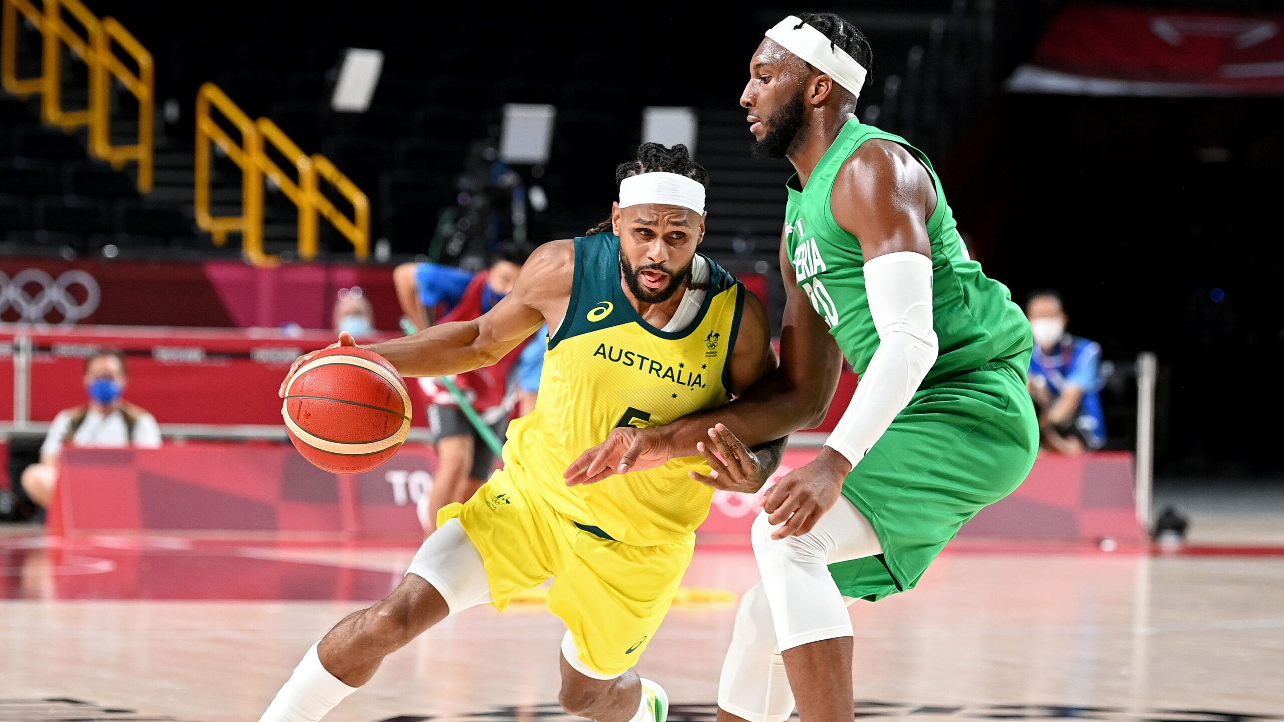 Olympic men's basketball tips off in Tokyo as Australia, Italy, Czech Republic win