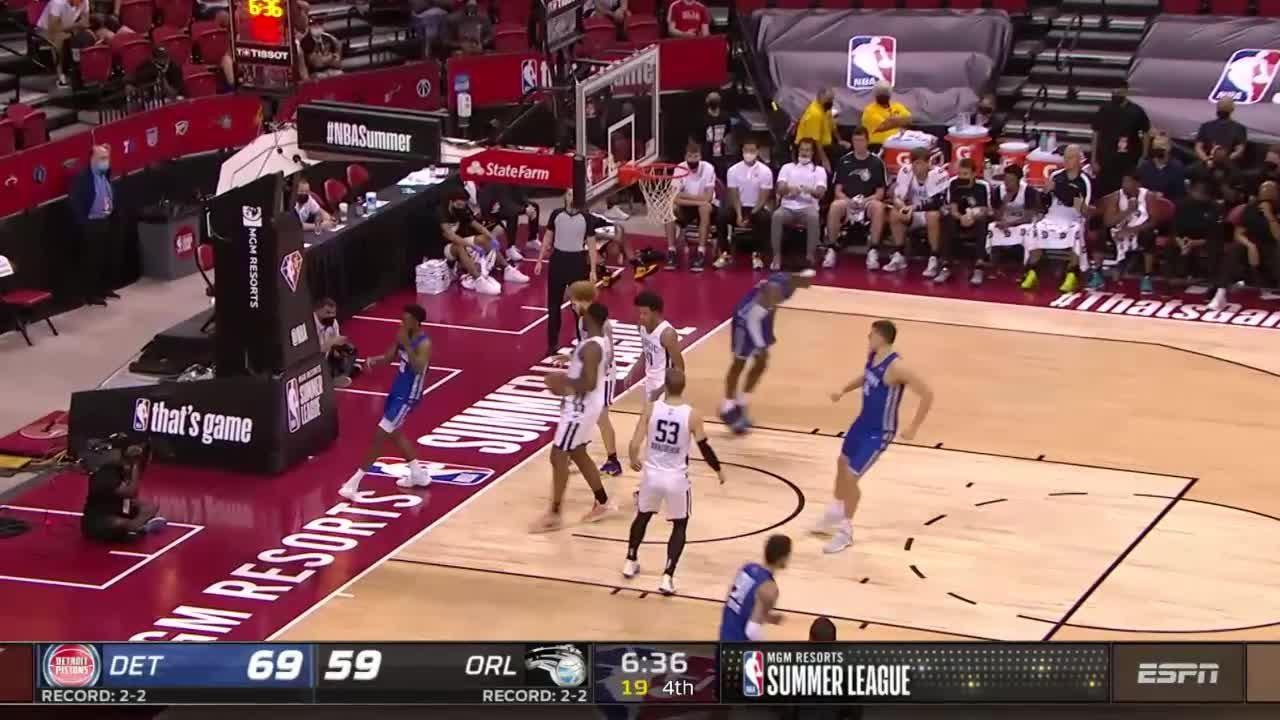 Detroit Pistons with a 11-0 Run vs. Orlando Magic