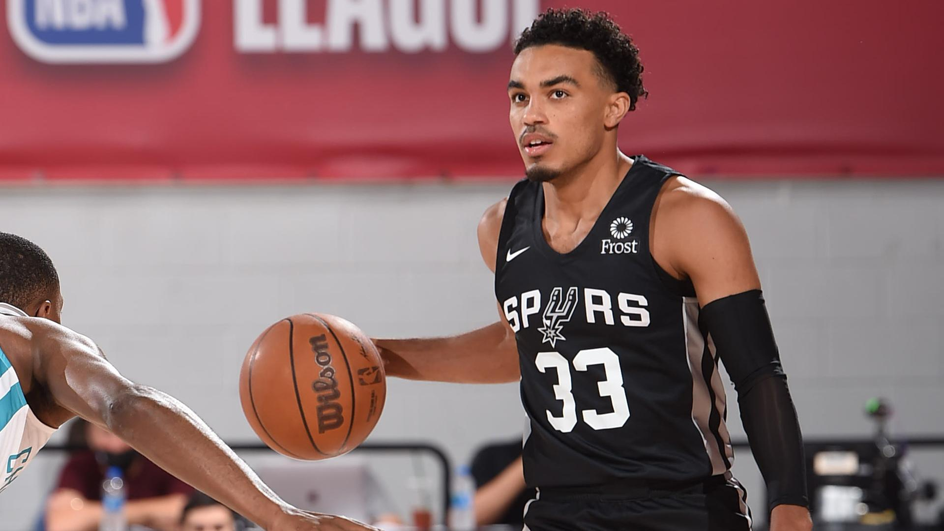 Las Vegas Summer League: Spurs' Tre Jones scores 34, hits game-winner vs. Hornets