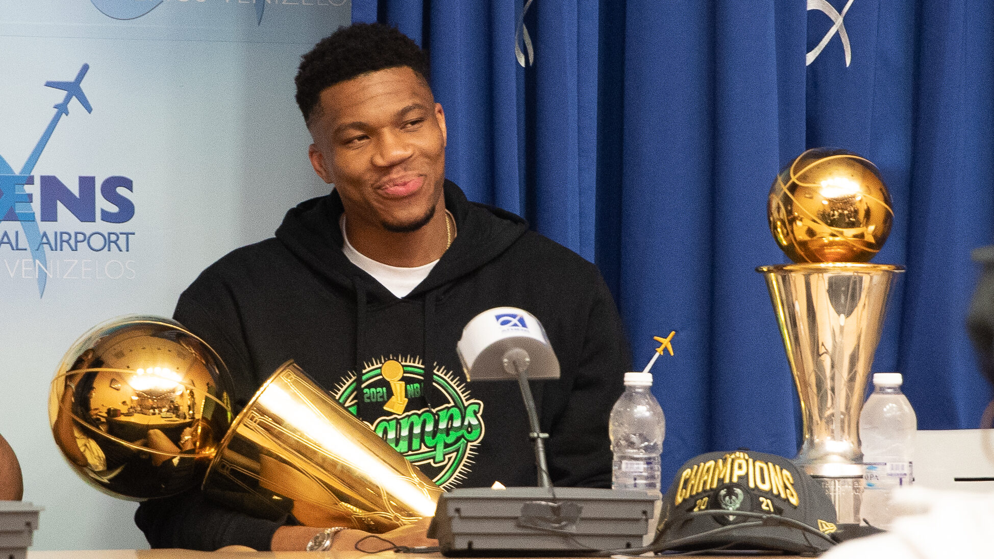 Antetokounmpo returns to Greece, with trophies in tow