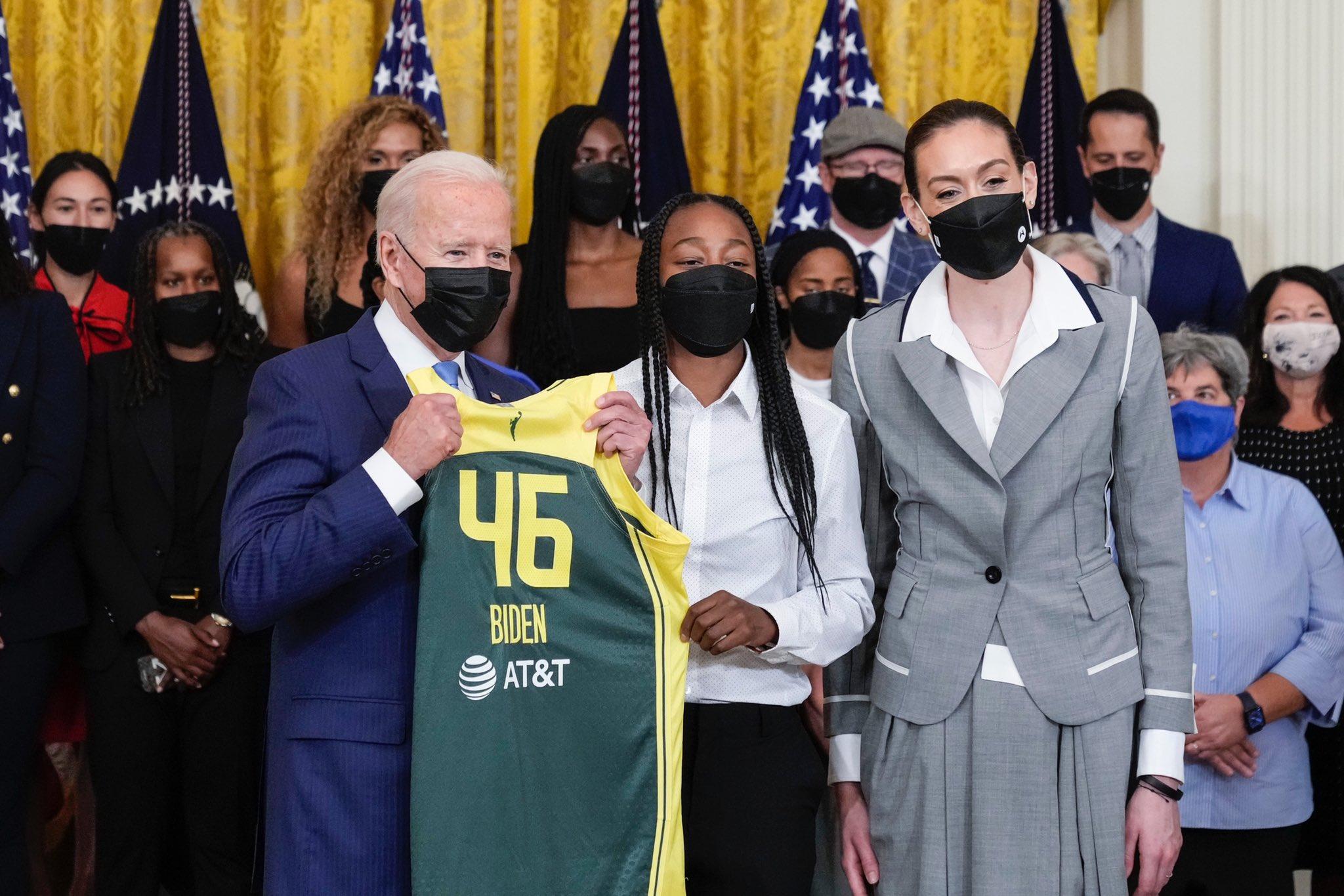 2020 WNBA champion Seattle Storm visit White House