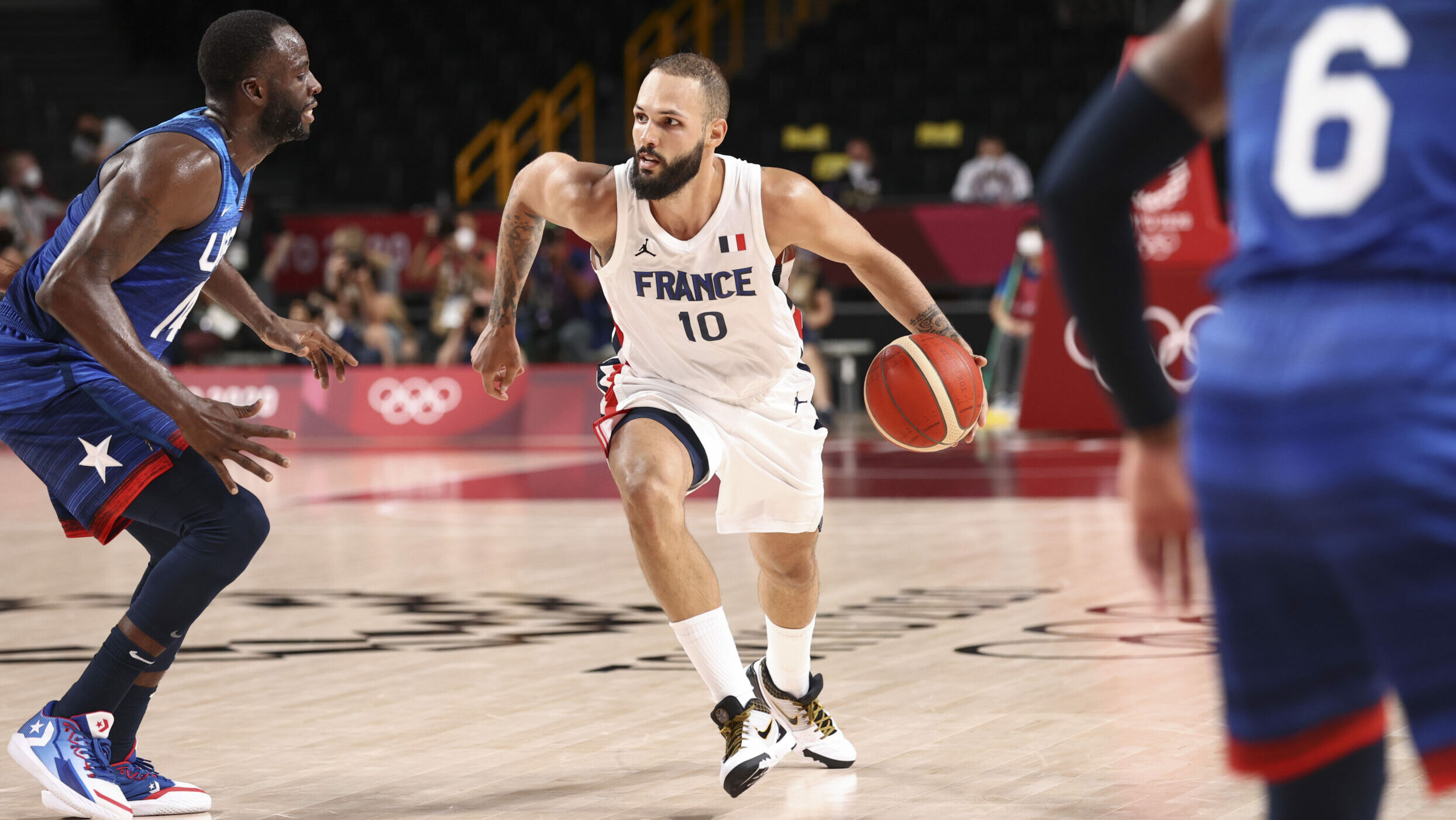 Gold and green: Olympic basketball, NBA business intersect for free agents