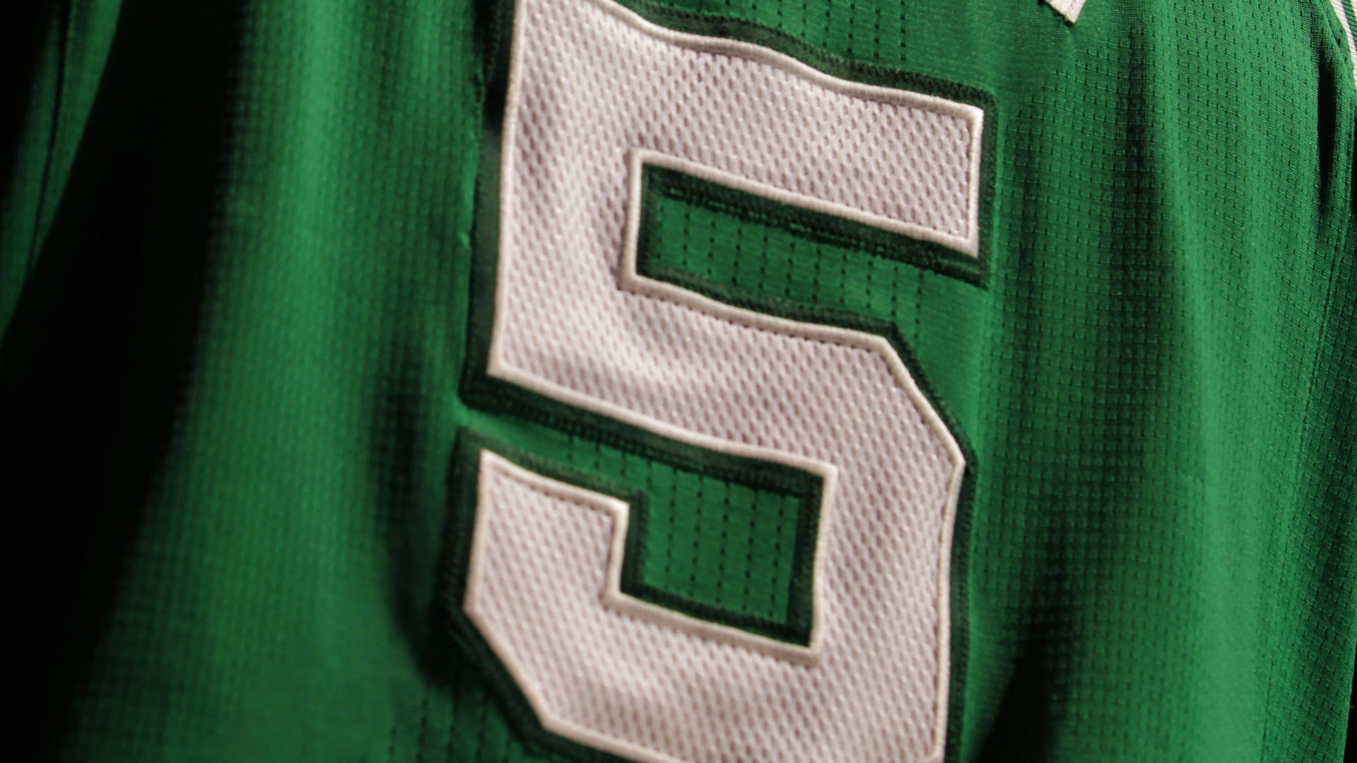 Celtics announce plans to retire Kevin Garnett's No. 5 jersey