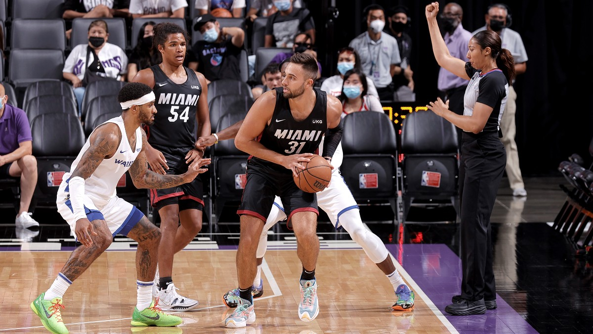 Max Strus, Omer Yurtseven combine for 52 points as Heat fend off Warriors