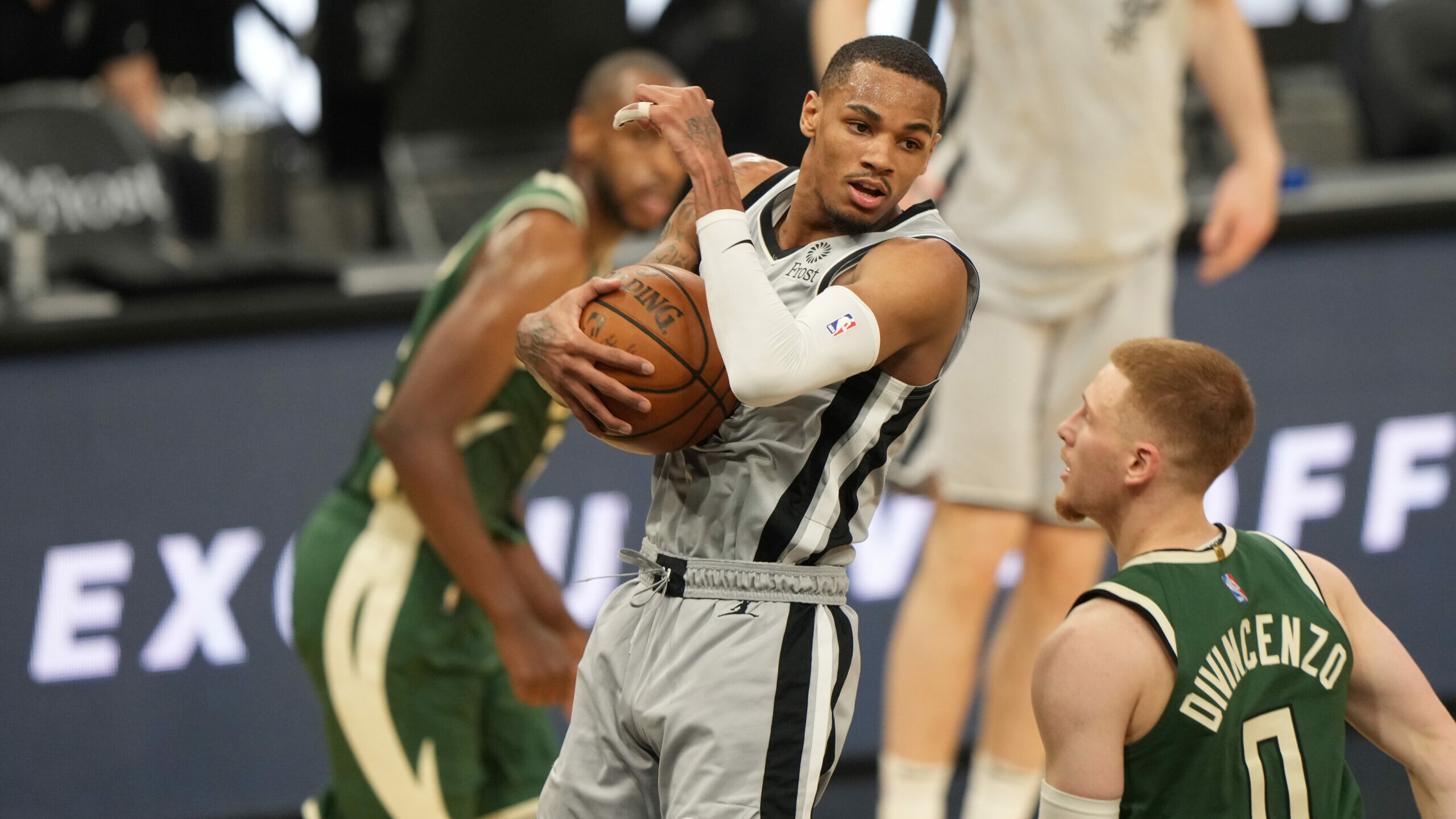 Popovich, star-less Spurs excited for future, new challenge