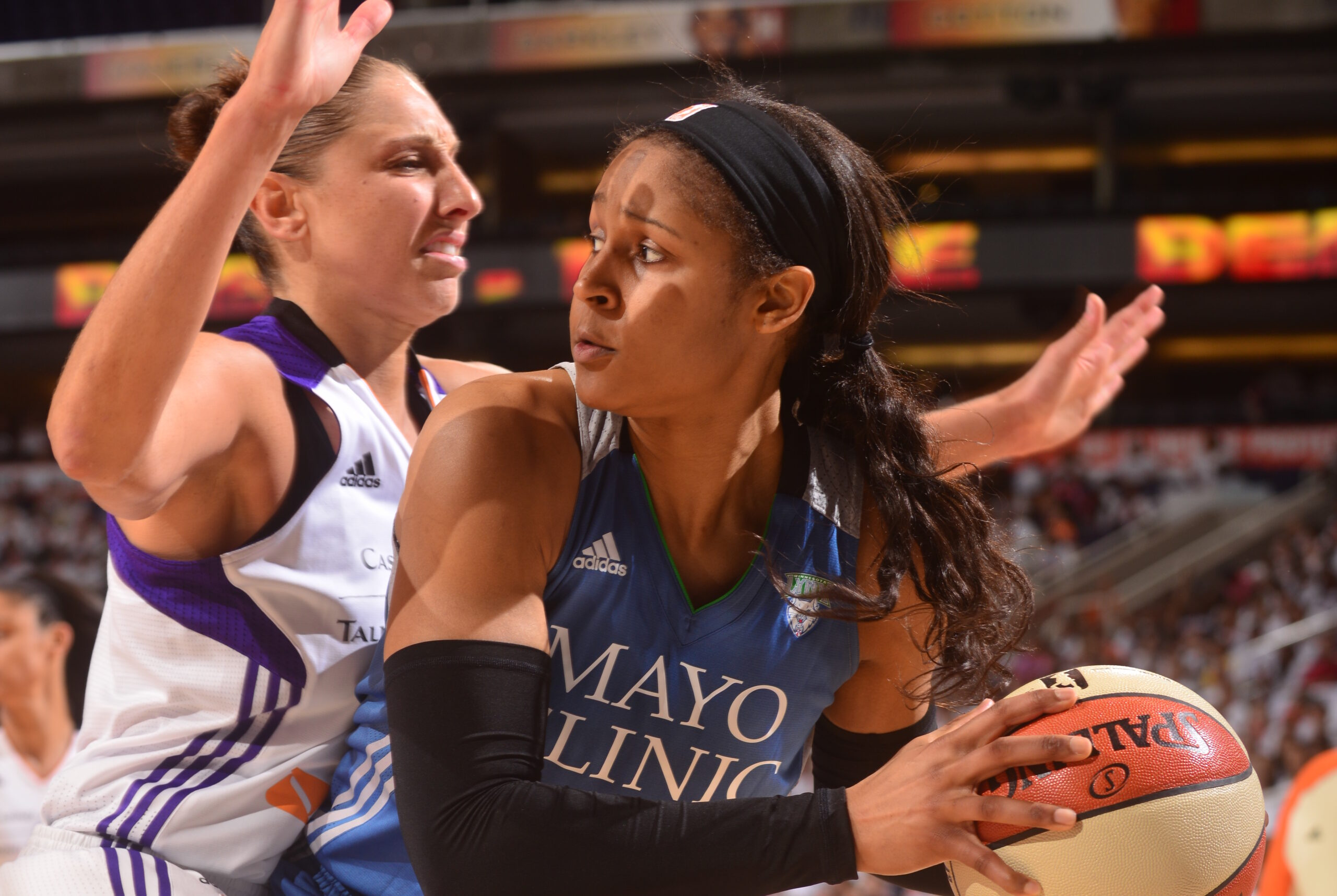 WNBA names 25 greatest, most influential players in league history