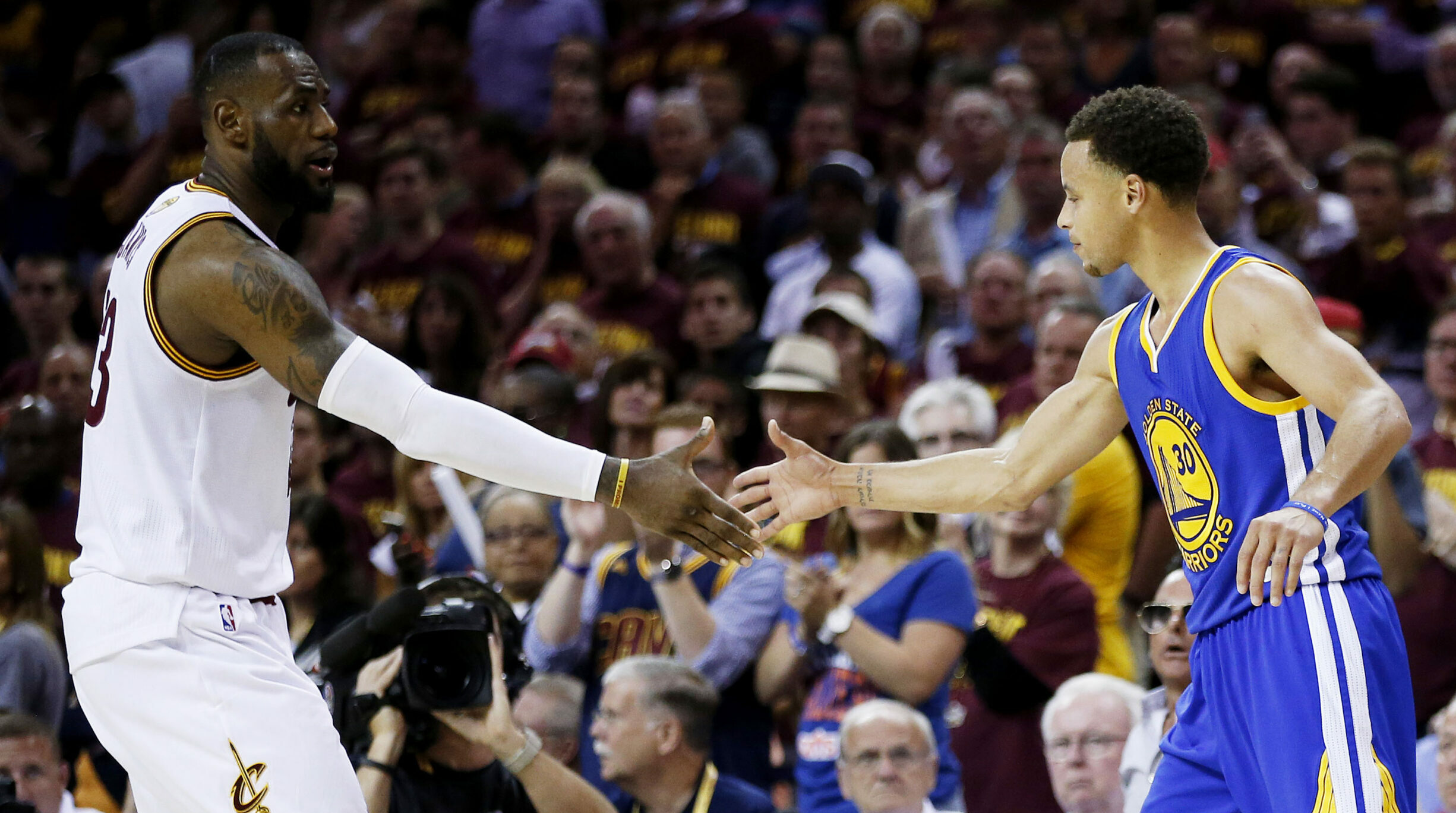 Top Moments: Cavaliers, Warriors battle 4 years straight in Finals