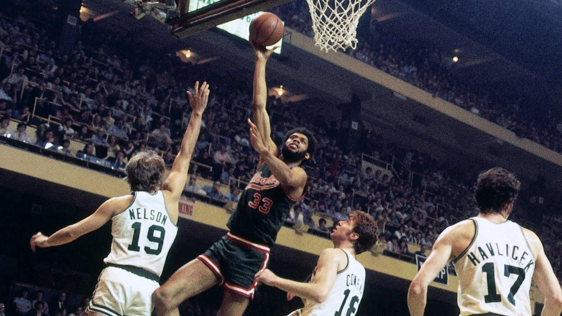 Top Moments: Kareem Abdul-Jabbar's skyhook wins double OT thriller in 1974 NBA Finals