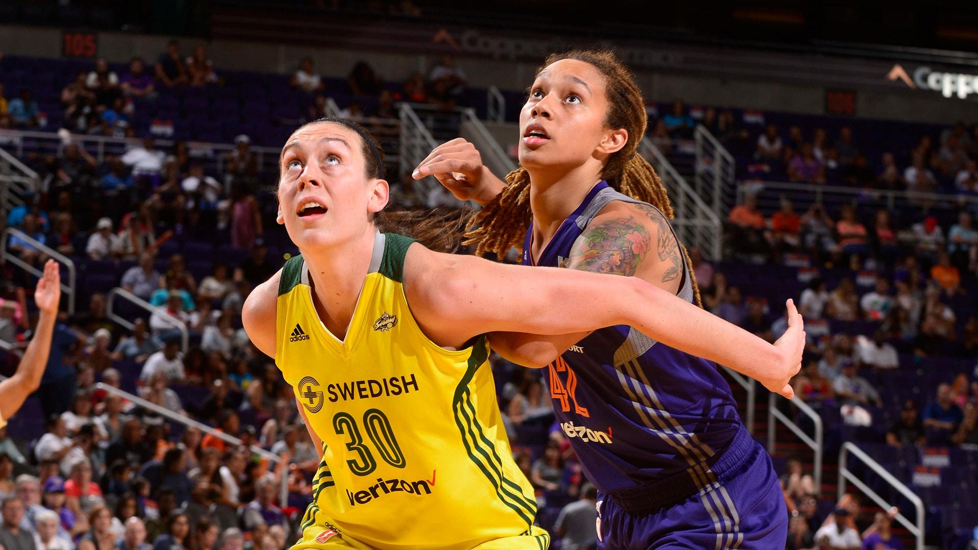 Star power abounds as WNBA playoffs heads to 2nd round