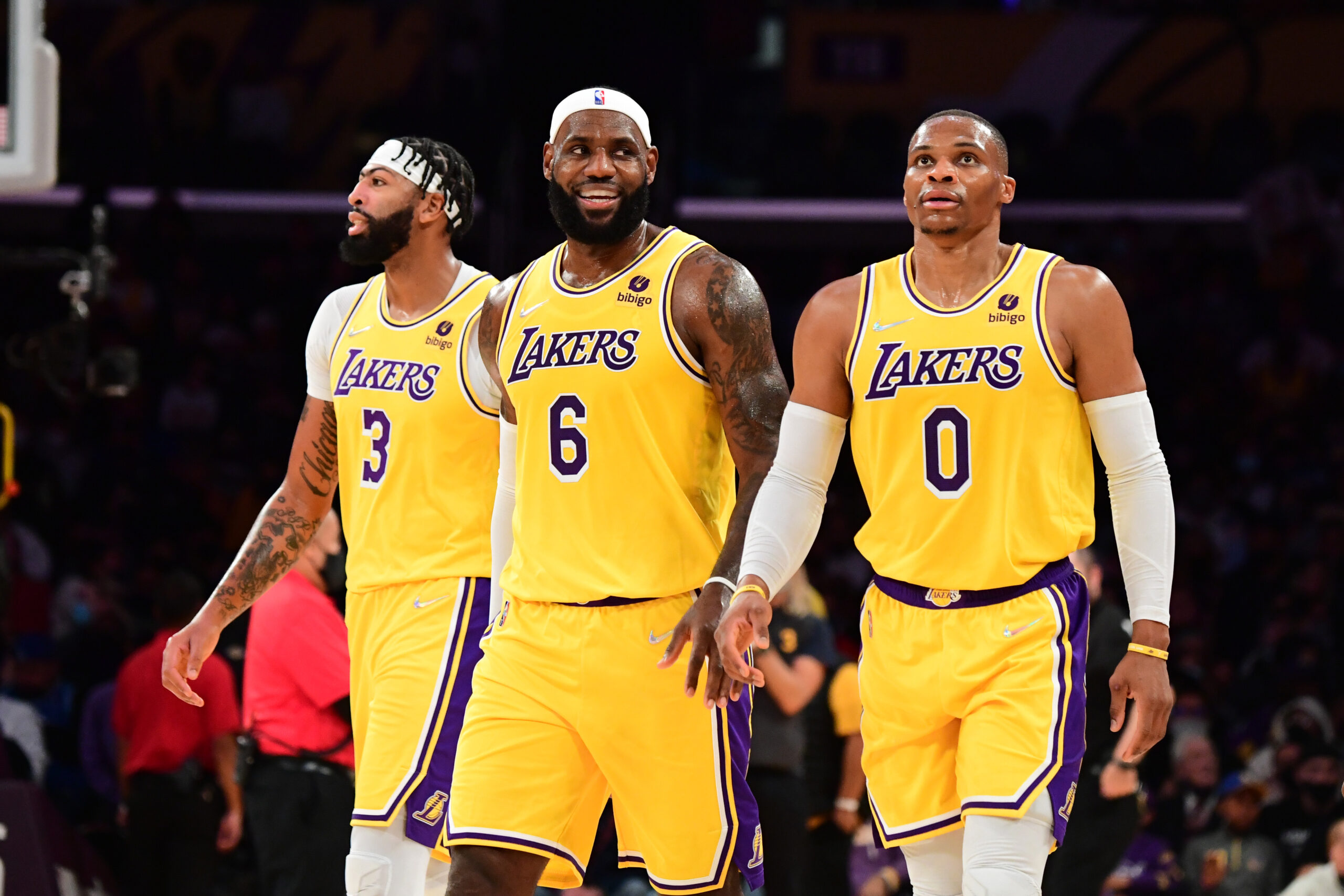 Lakers' new star trio could be unstoppable ... or combustible