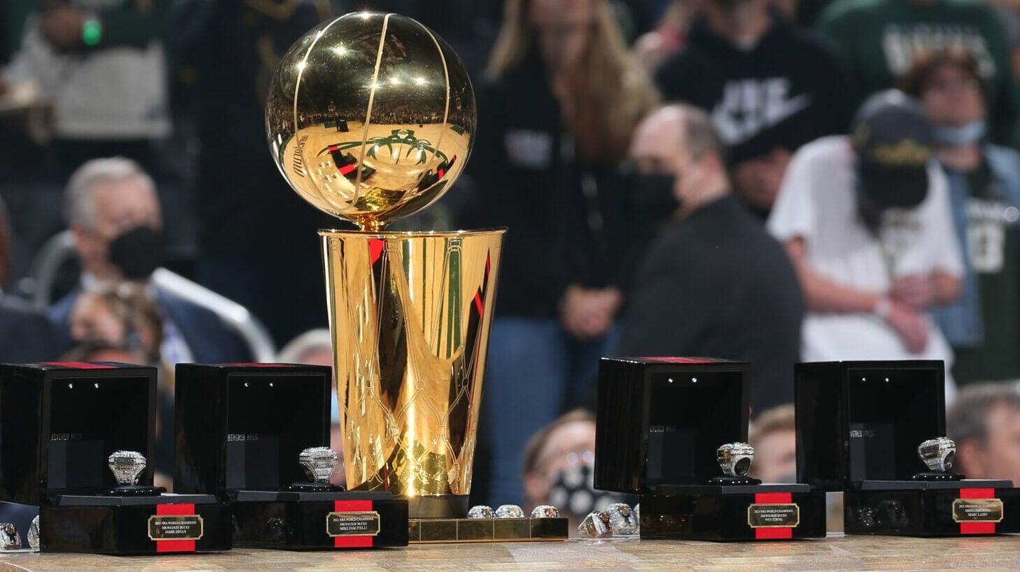 Bucks debut 2021 championship rings