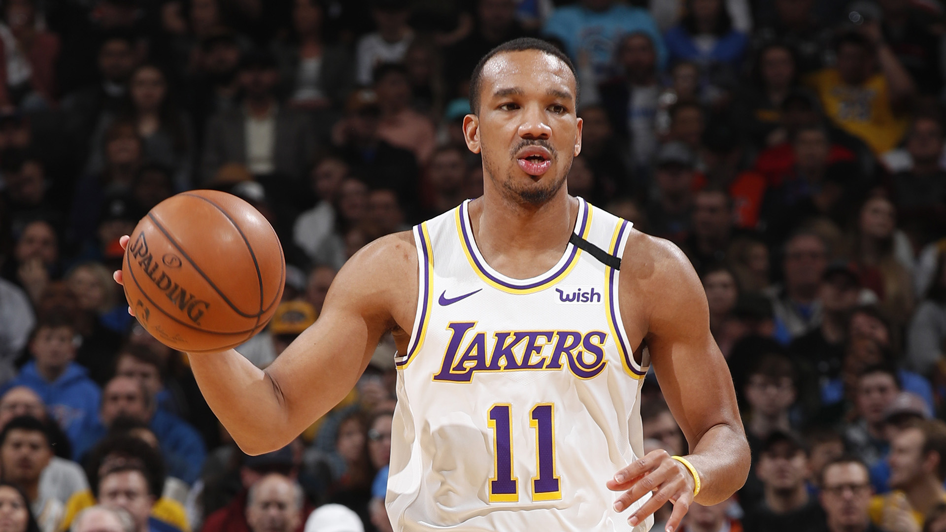 Lakers claim Avery Bradley, who opted out before title win