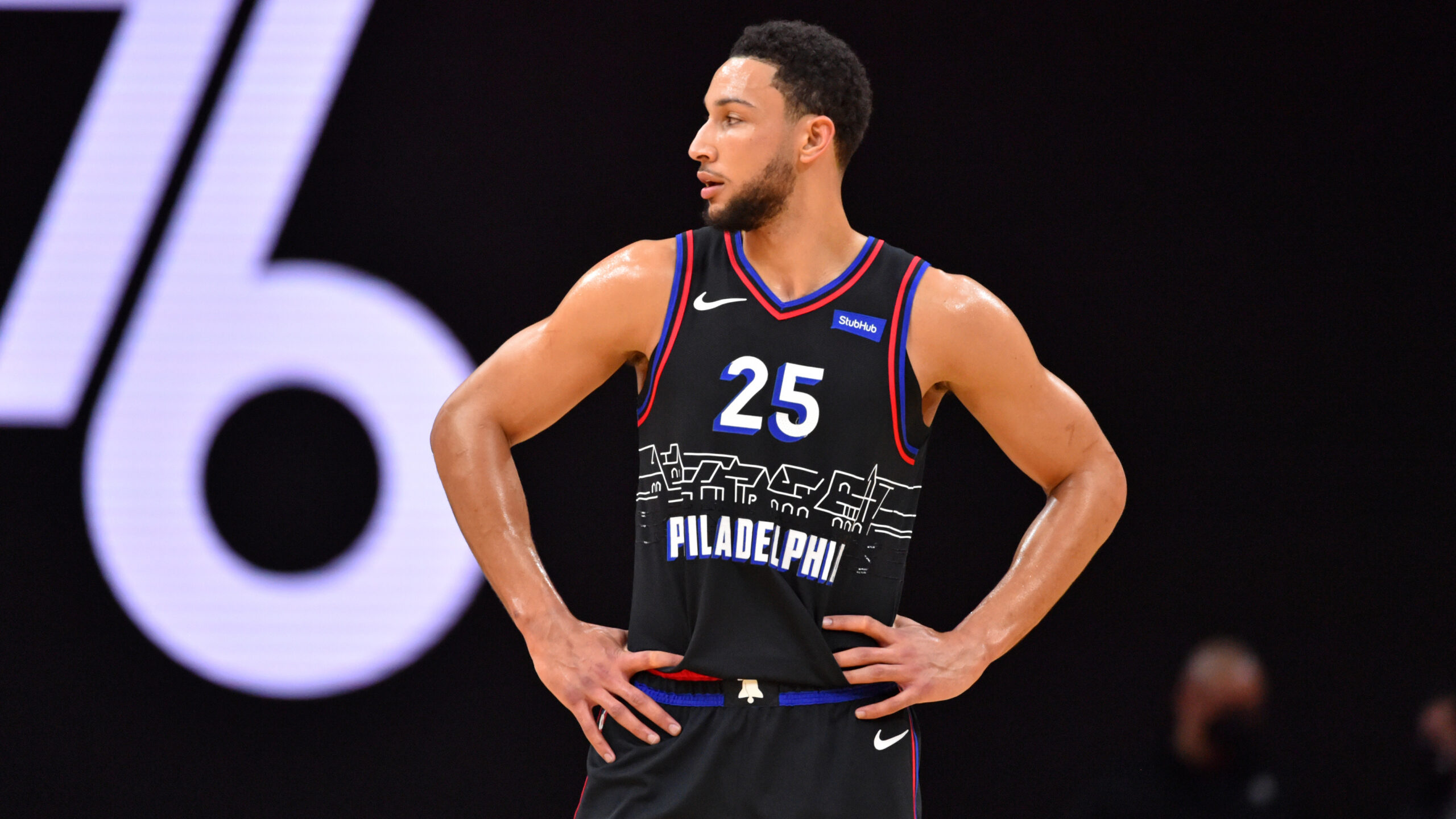Barkley: Simmons to blame for situation with 76ers
