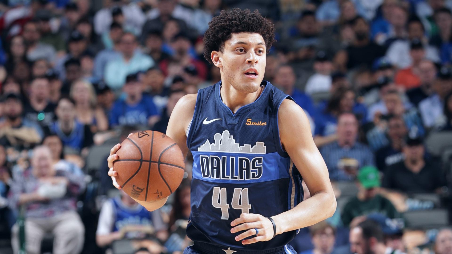 Mavericks sign forwards Justin Jackson, E.J. Onu